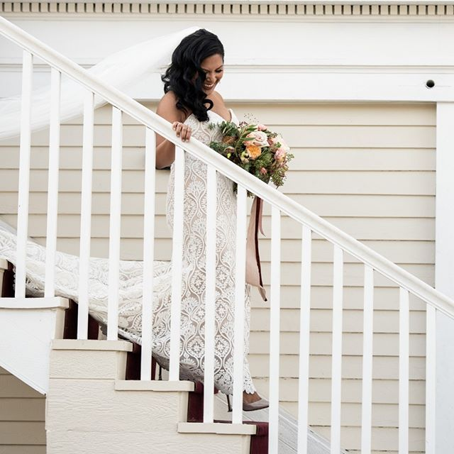 Looking radiant in white, complimented by this beautiful white architecture.  venue @lighthousegcm makeup by @jamiemaysmakeup Flowers by @petal_atelier  Hair by @liezelstyles  #sanfranciscophotographer #sanfranciscoengagementphotographer #magmod #weddingphotography #weddingphotographer  #engagementphotos #beachengagement #sanfranciscoengagement #couplesession #engagementshoot #chasinglight #agameoftones #fearlessphotographer #engagement #engaged #shesaidyes #ido #gettingmarried #theknot #bride #junebugweddings