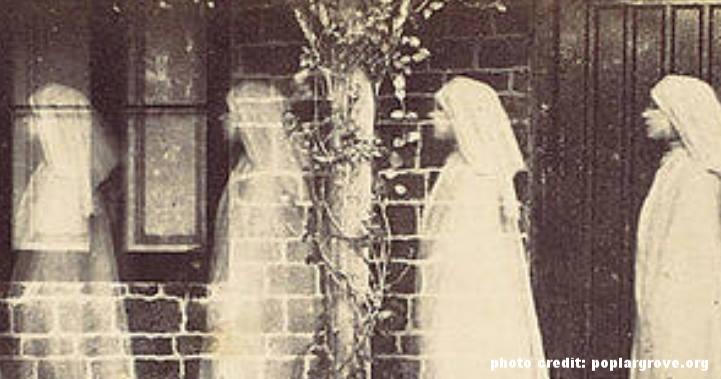 walking-ghost-figure_slidea.jpg