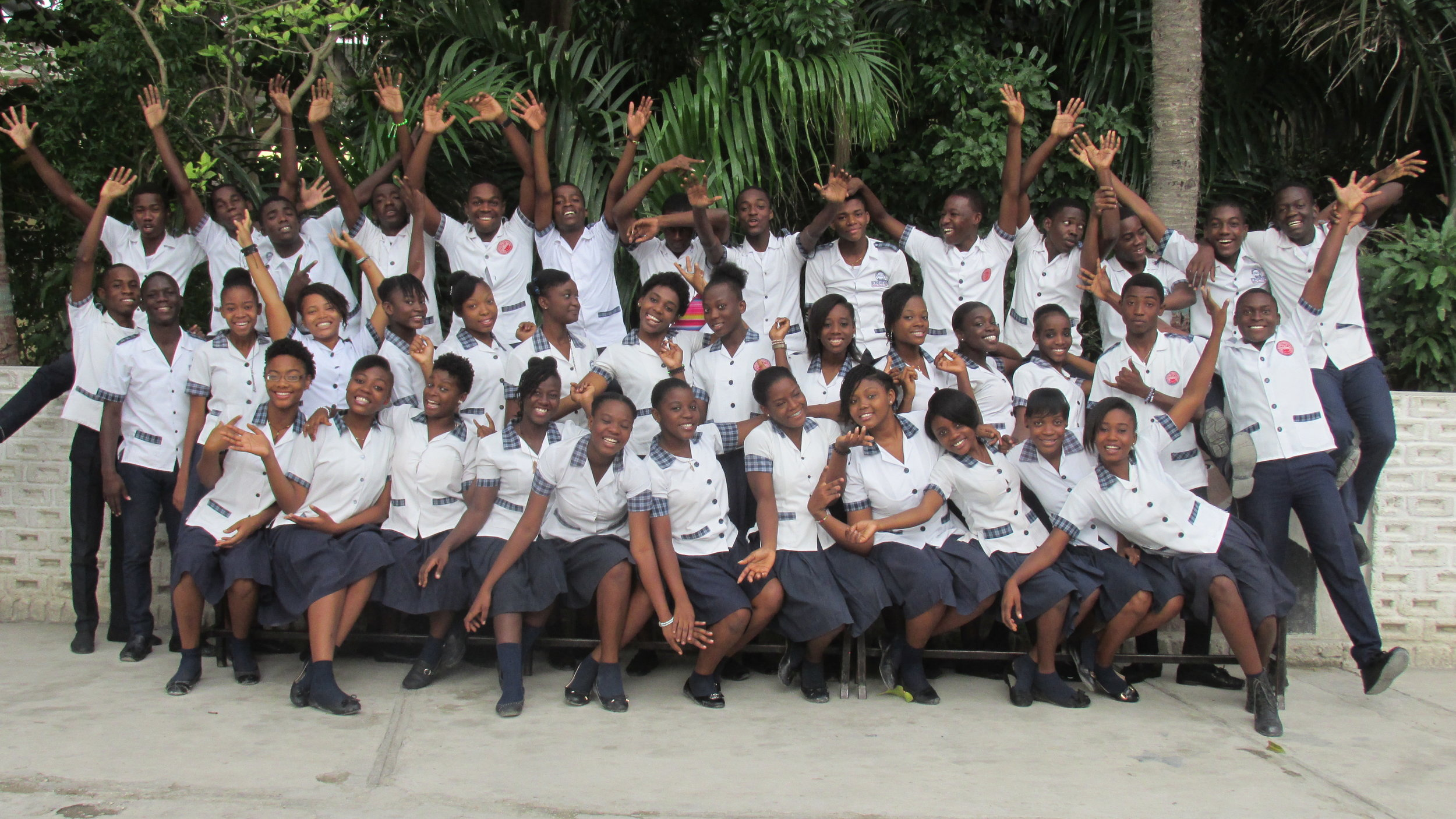 The Louverture Cleary School Santo 5 Philo Class of 2019 achieved a 100 percent pass rate on Haiti's National Exam!