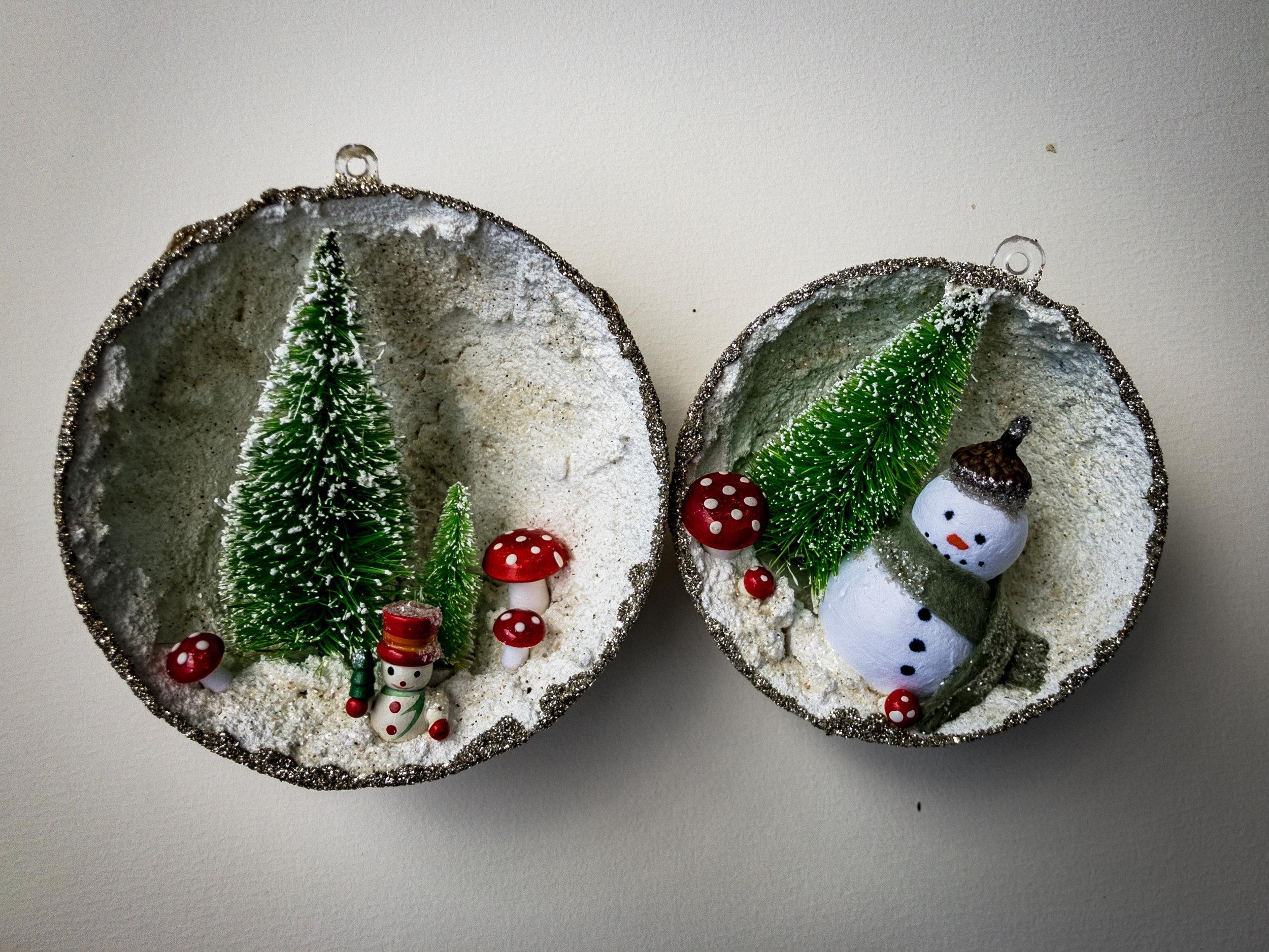 AWhite_ornaments.jpg