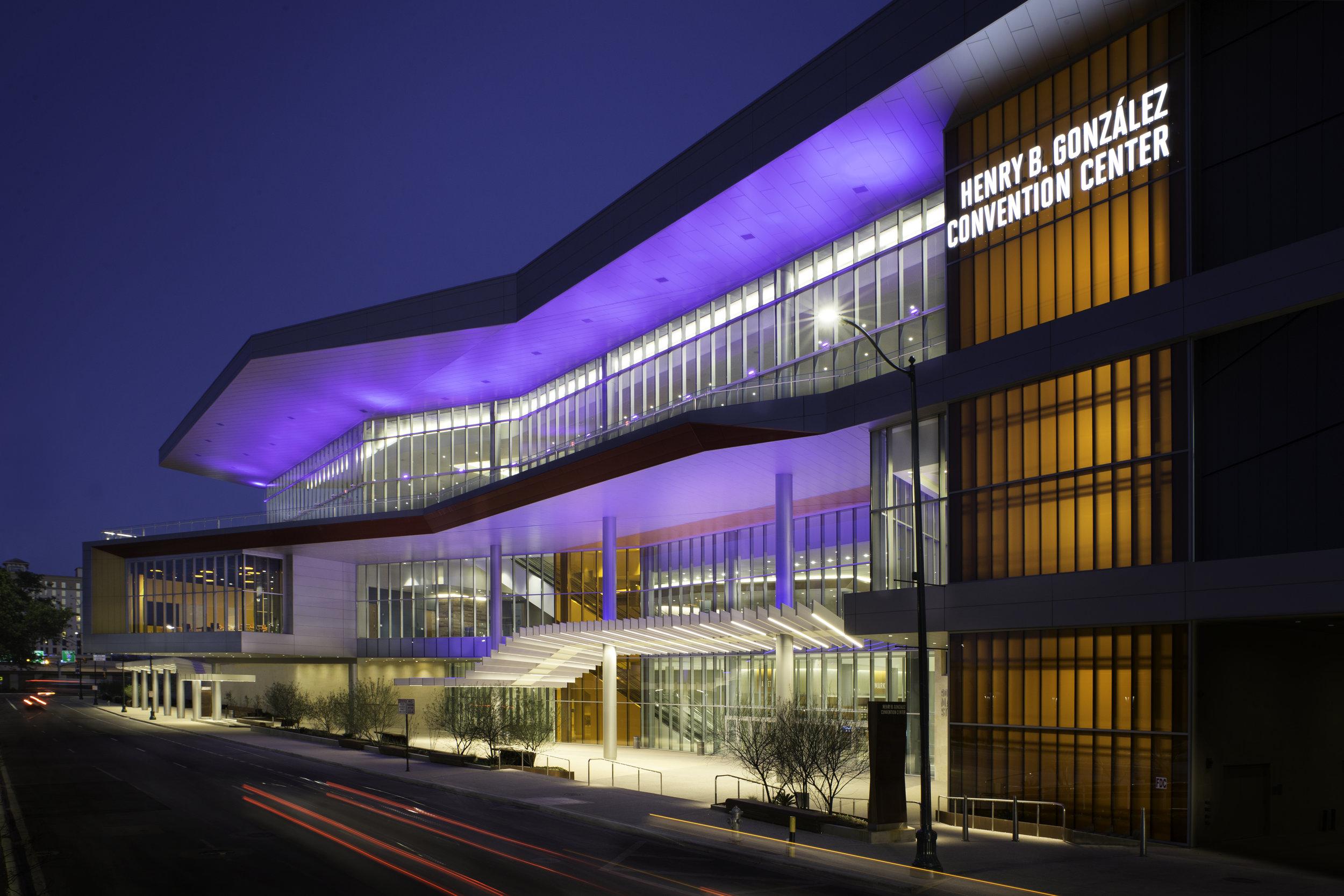 Henry B Gonzalez Convention Center.jpg