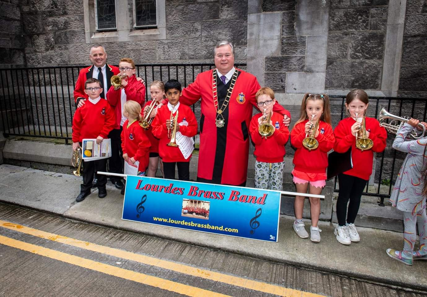 LBB Beginners with Drogheda Mayor.jpg