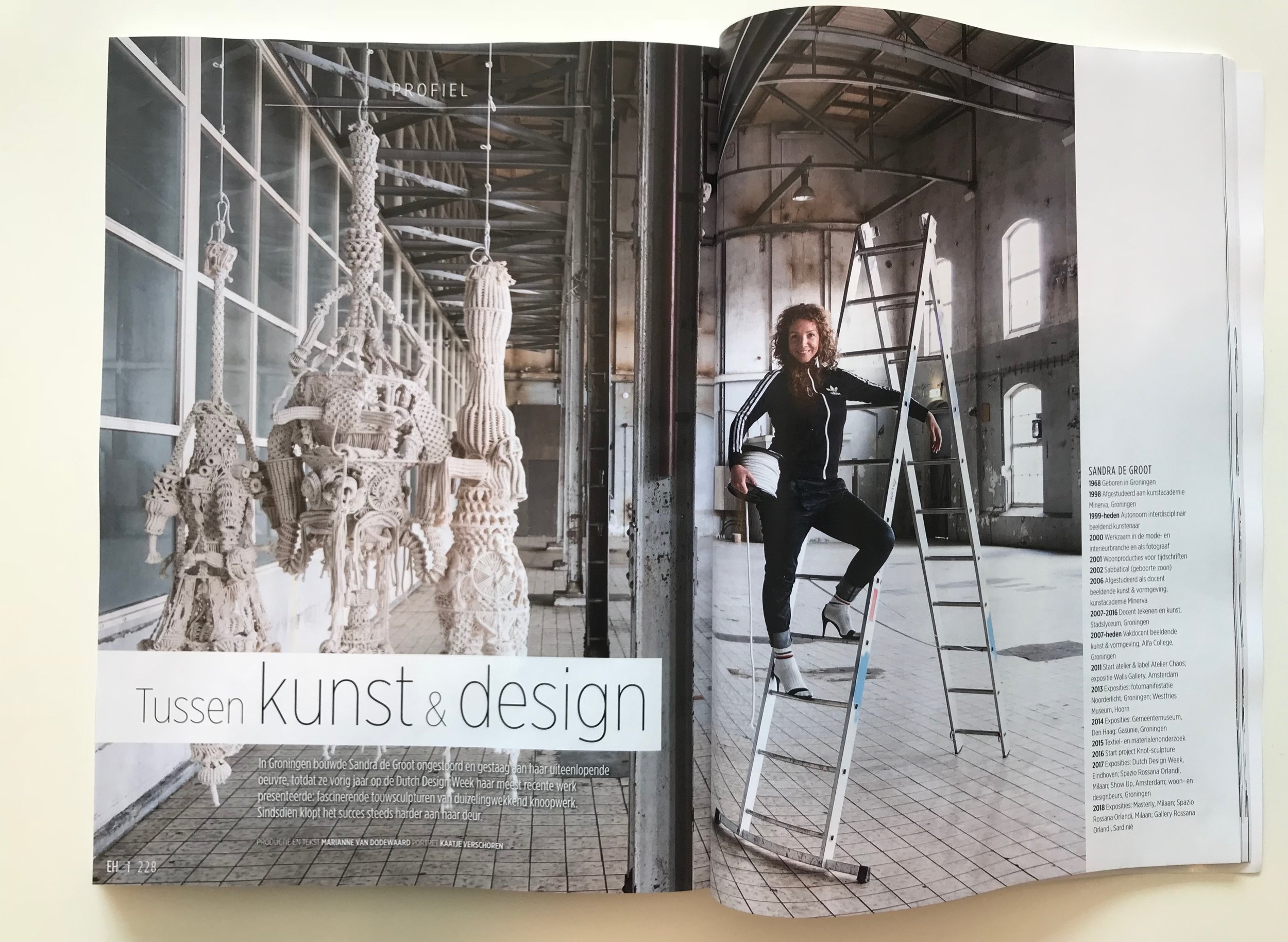 EIGEN HUIS EN INTERIEUR MAGAZINE | October 2018 | interview about Sandra's work | kNOT sculptures