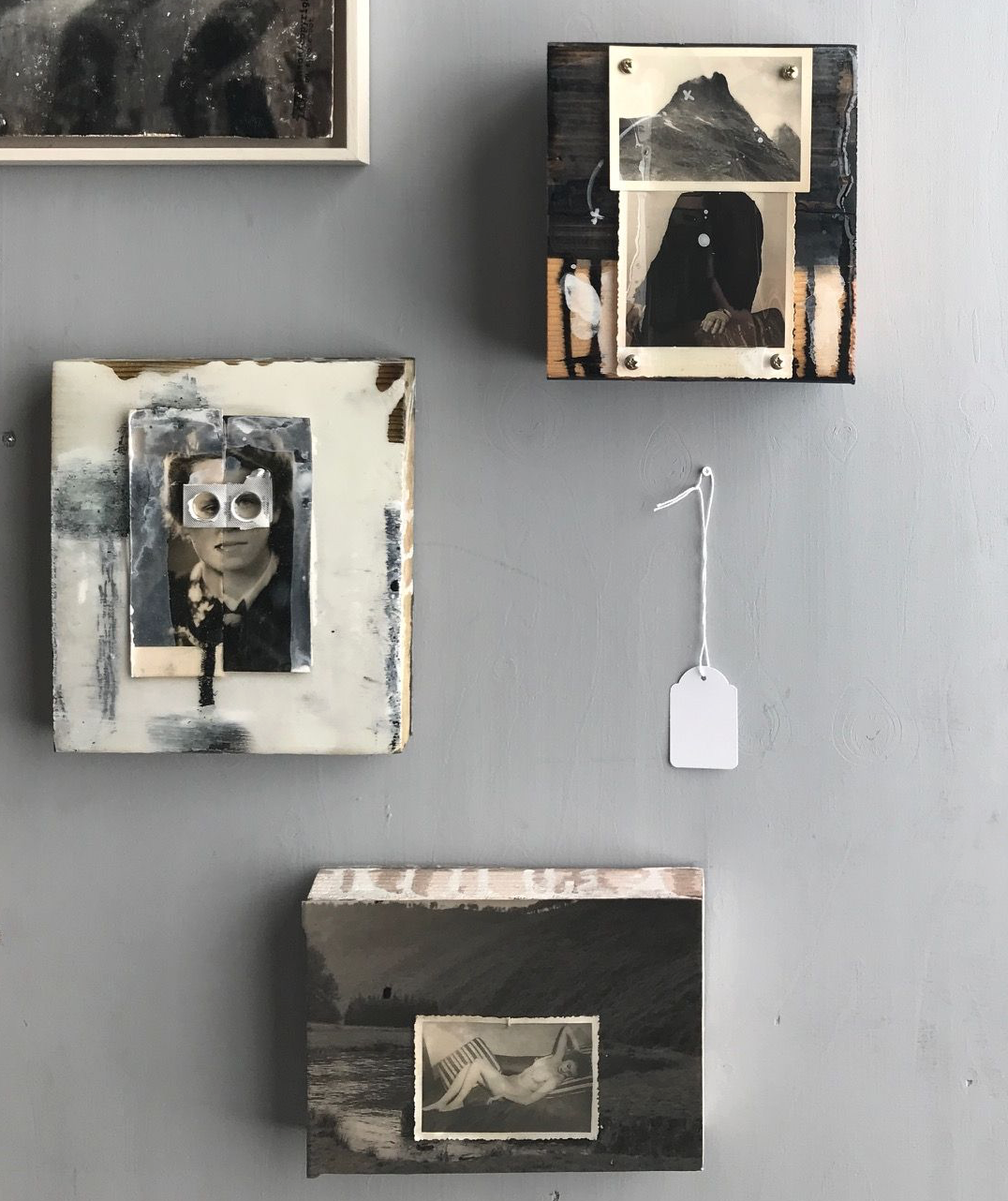 artworks | serie FACE-OFF | mixed media on wood | for sale | 550,- | different sizes | -15x25- -15x15- | made by sandra de groot | 2017