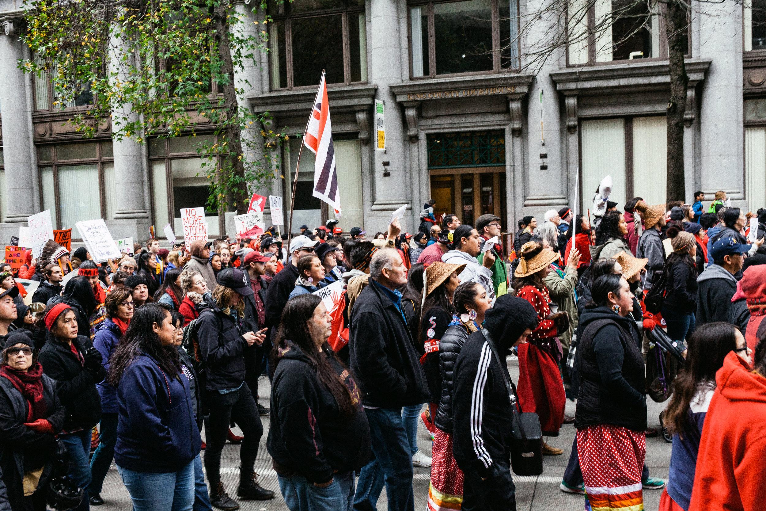 Indigenouswomxnsmarch99.jpg