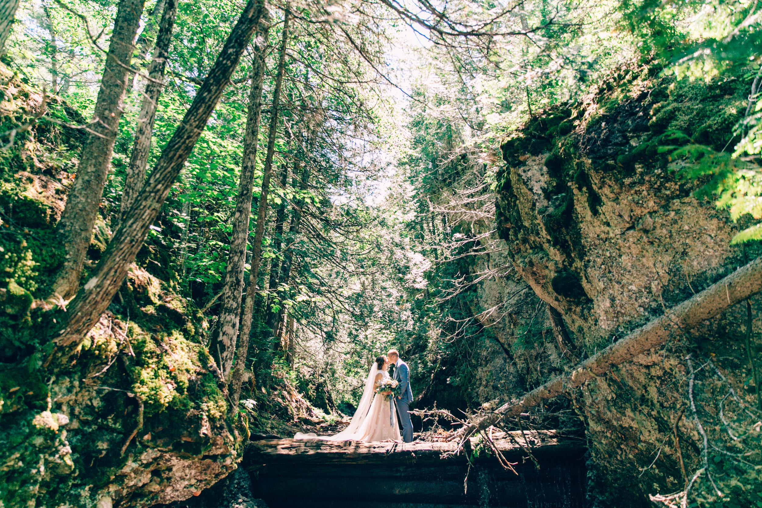 ashlyn-travis-wedding-0458.jpg