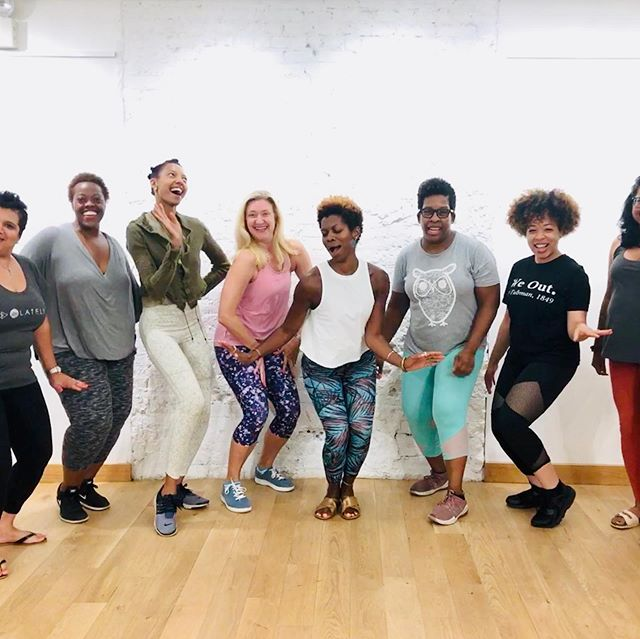 Exactly 1 wk ago...✨🌱🥰 These fabulous females got #ROOTED in Summer @lululemonnyc ! We totally aligned w/ the season's #innerG ... ✨exciting, heartfelt fun!💖🤪 Check out them #squadgoals though✌🏾 •  The #StyleRootYoga tribe is #livingwell and growing, y'all!🌱 Join me @healhaus next Sat 4-6pm to close out the series #BKstyle 😎 You're coming right??? • - Open-level outdoor vinyasa - ROOTED life coaching - HealHaus Smoothie •  RSVP Link in Bio! Hope to see you on the deck 🧘🏾‍♀️✨ #spreadloveitsthebrooklynway