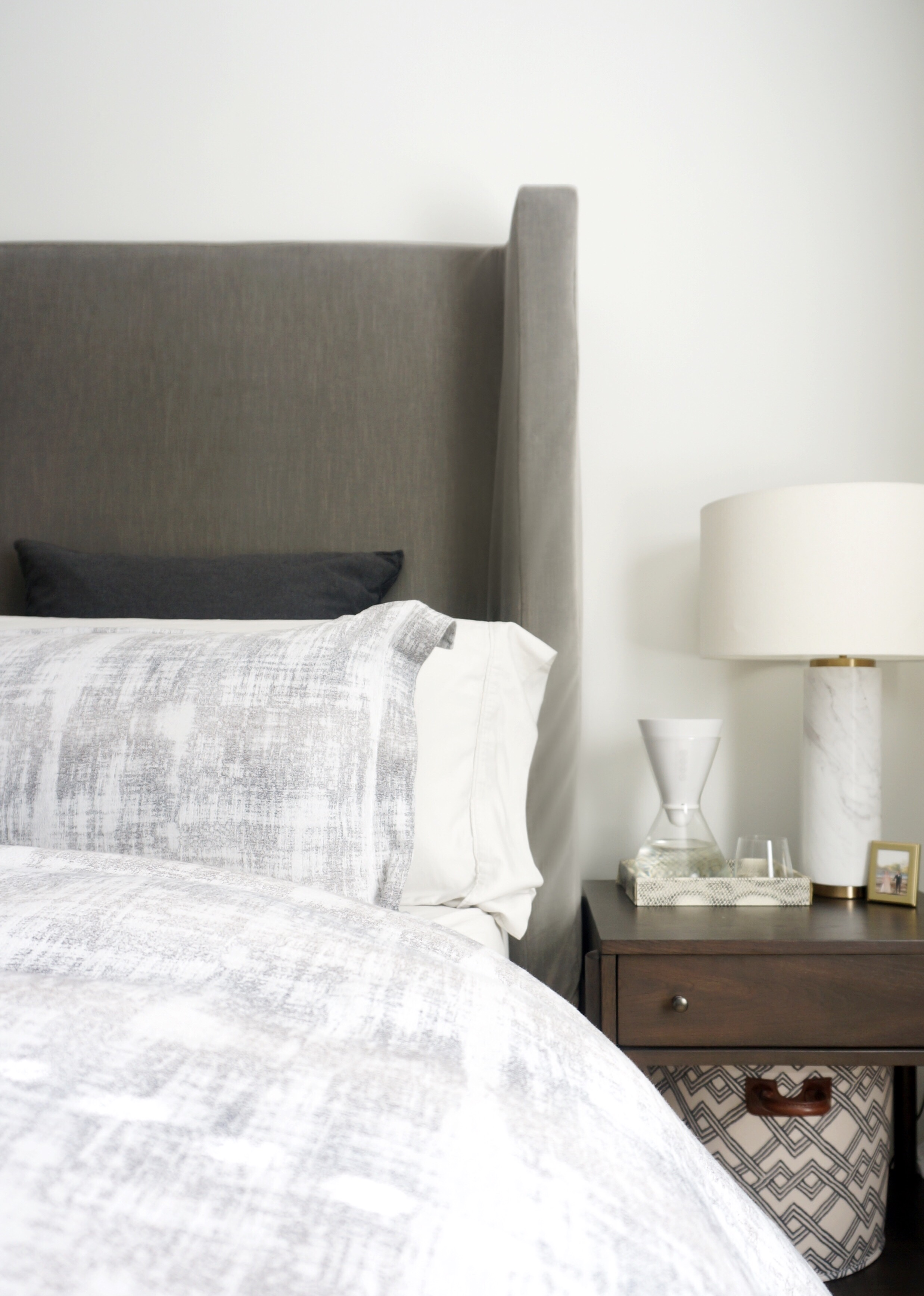 Studio-Chu-Apartment-17-Bedroom-1.jpg