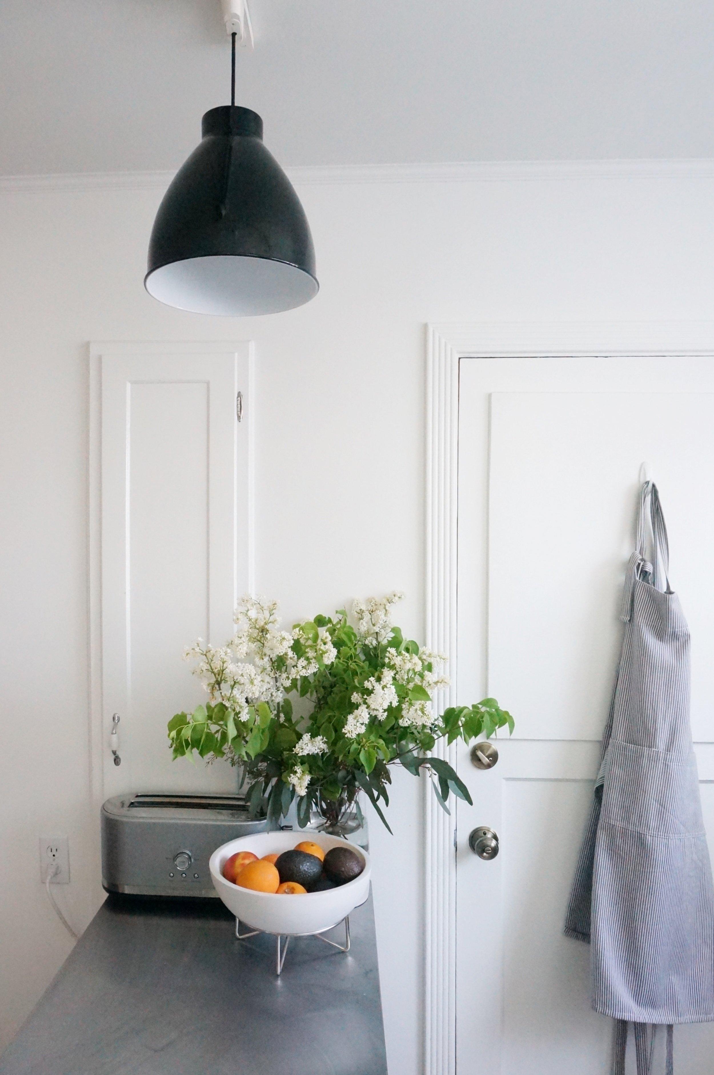 Studio-Chu-Apartment-17-Kitchen-1.jpg