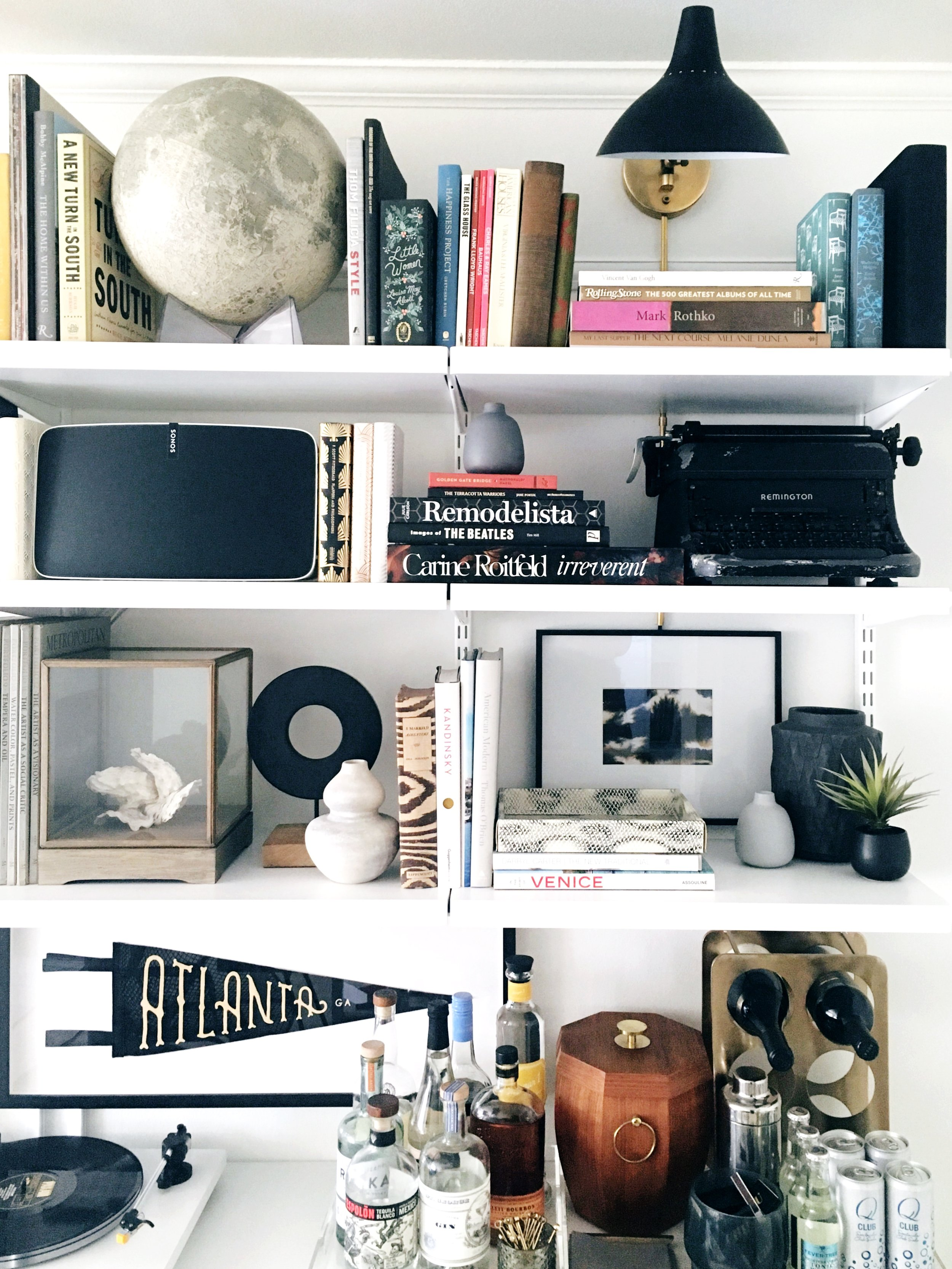Studio-Chu-Apartment-17-Living-6.jpg