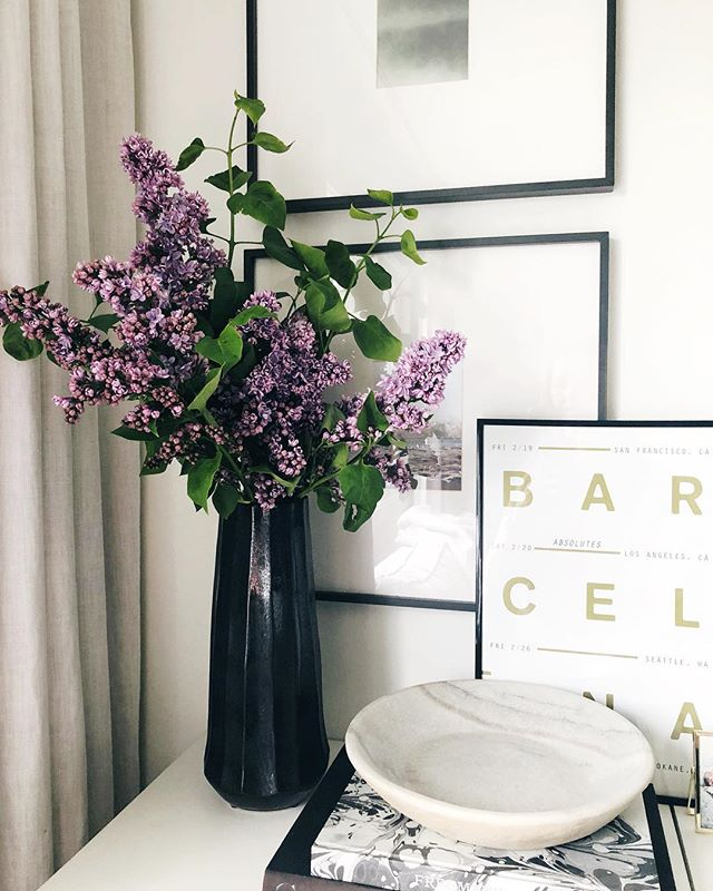 Can't stop with the lilacs.