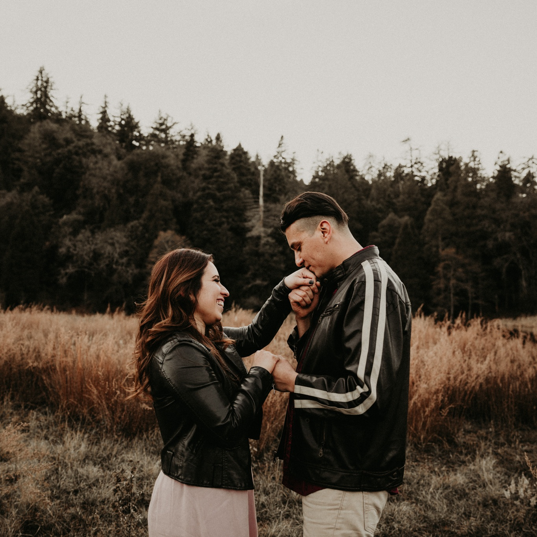 palomar-mountain-hiking-engagement-julian-california-wedding-photographer-43.jpg