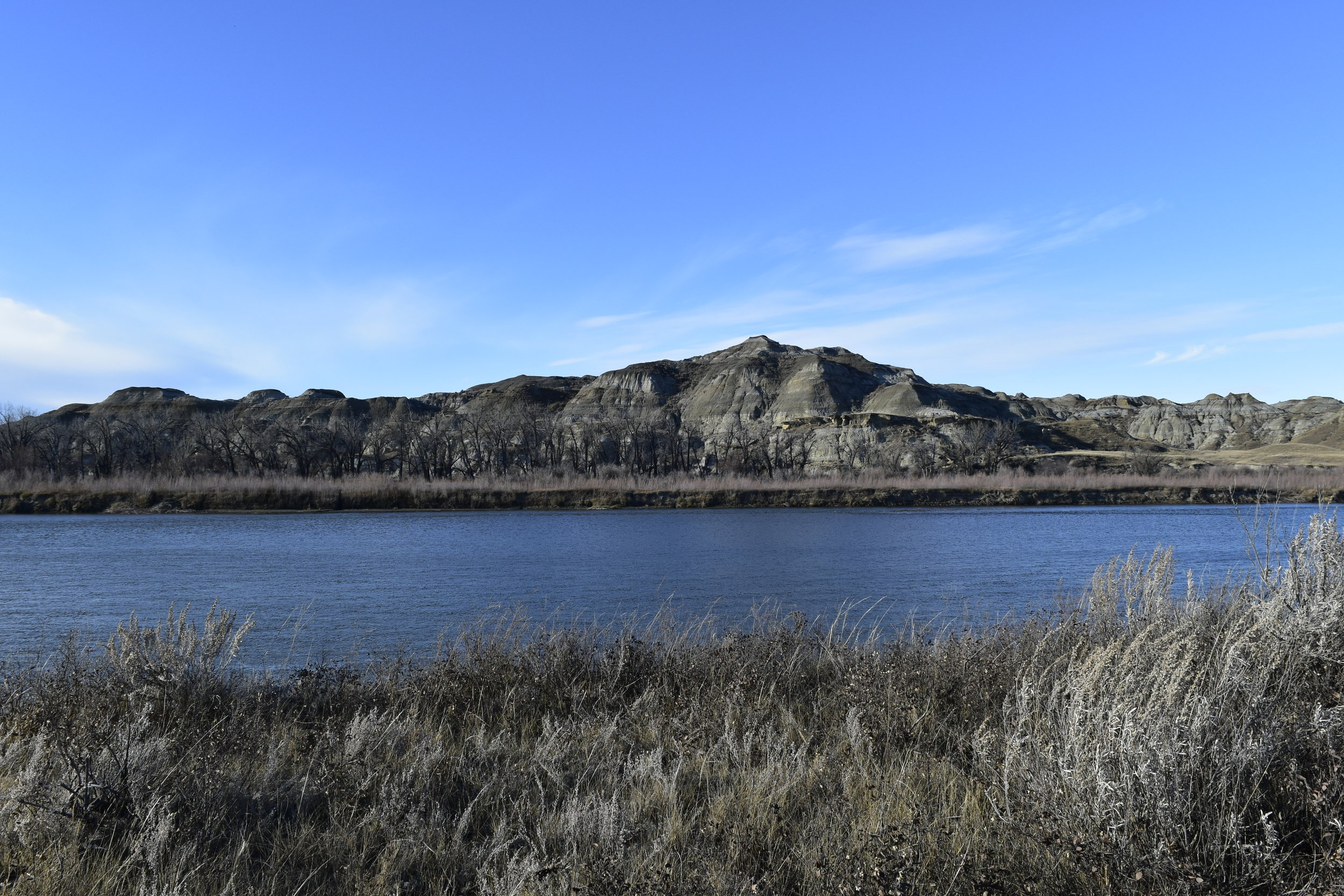 Red Deer River, Alberta - Nature Photography & Lifestyle Blog - Alberta, Canada - Pixels by Tina