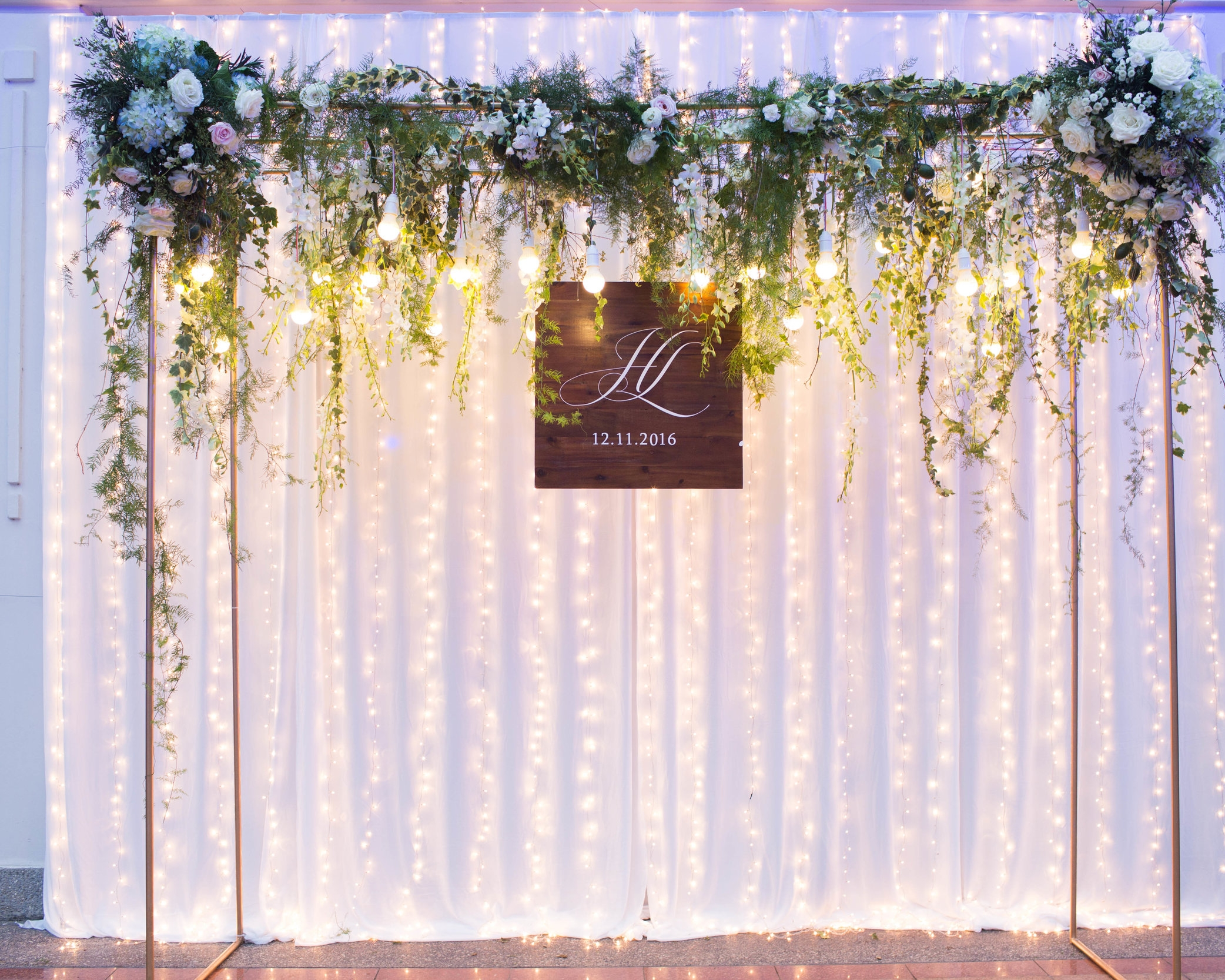 WEDDING CEREMONY & RECEPTION - With wedding ceremony, Thuy Linh & Thanh Huy desired to have natural rustic cozy celebration with their family and loves one, and the 5-star Sheraton Hanoi Hotel was their choice of venue.