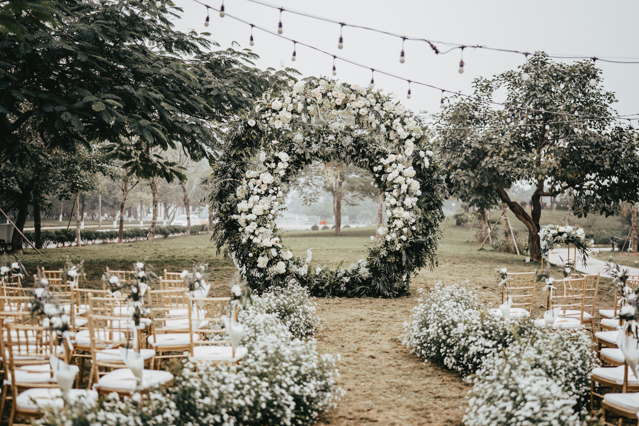 JWMarriott Ha Noi Intimate Wedding of Trang Hi well captured by Hipster Wedding Vietnam Wedding Photographer-97191.jpg