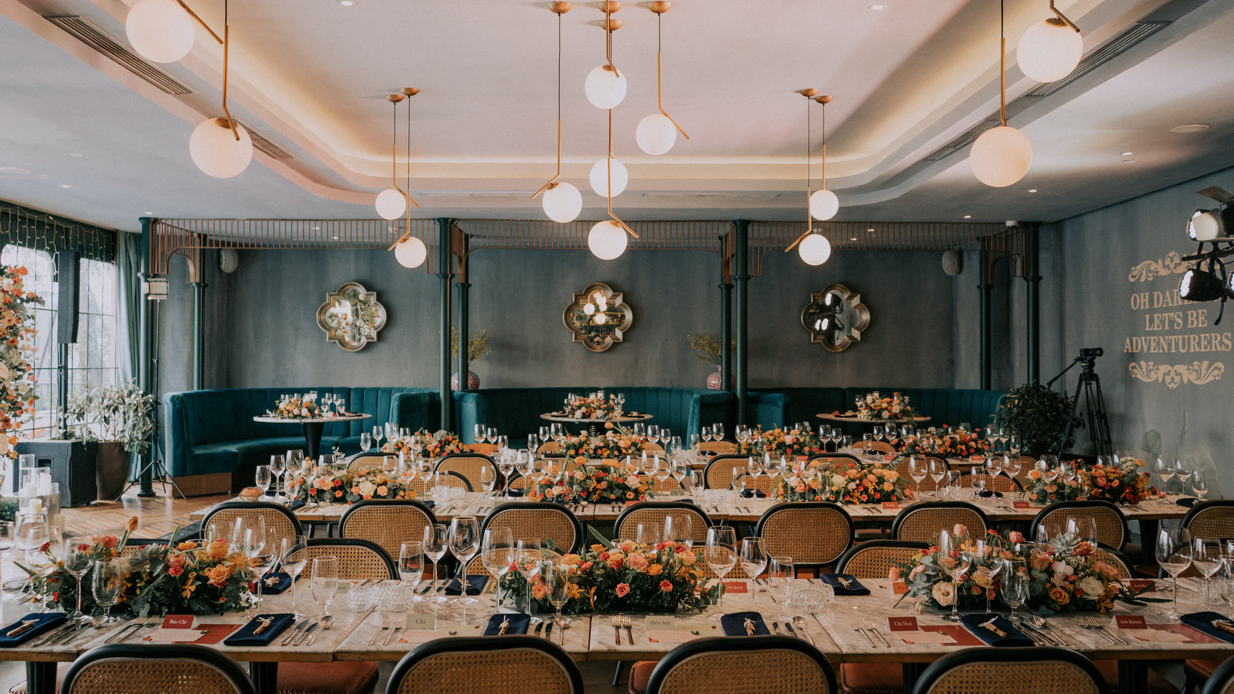 ROARING 20s - Giang & Leo intimate wedding with a vibe of the 20s