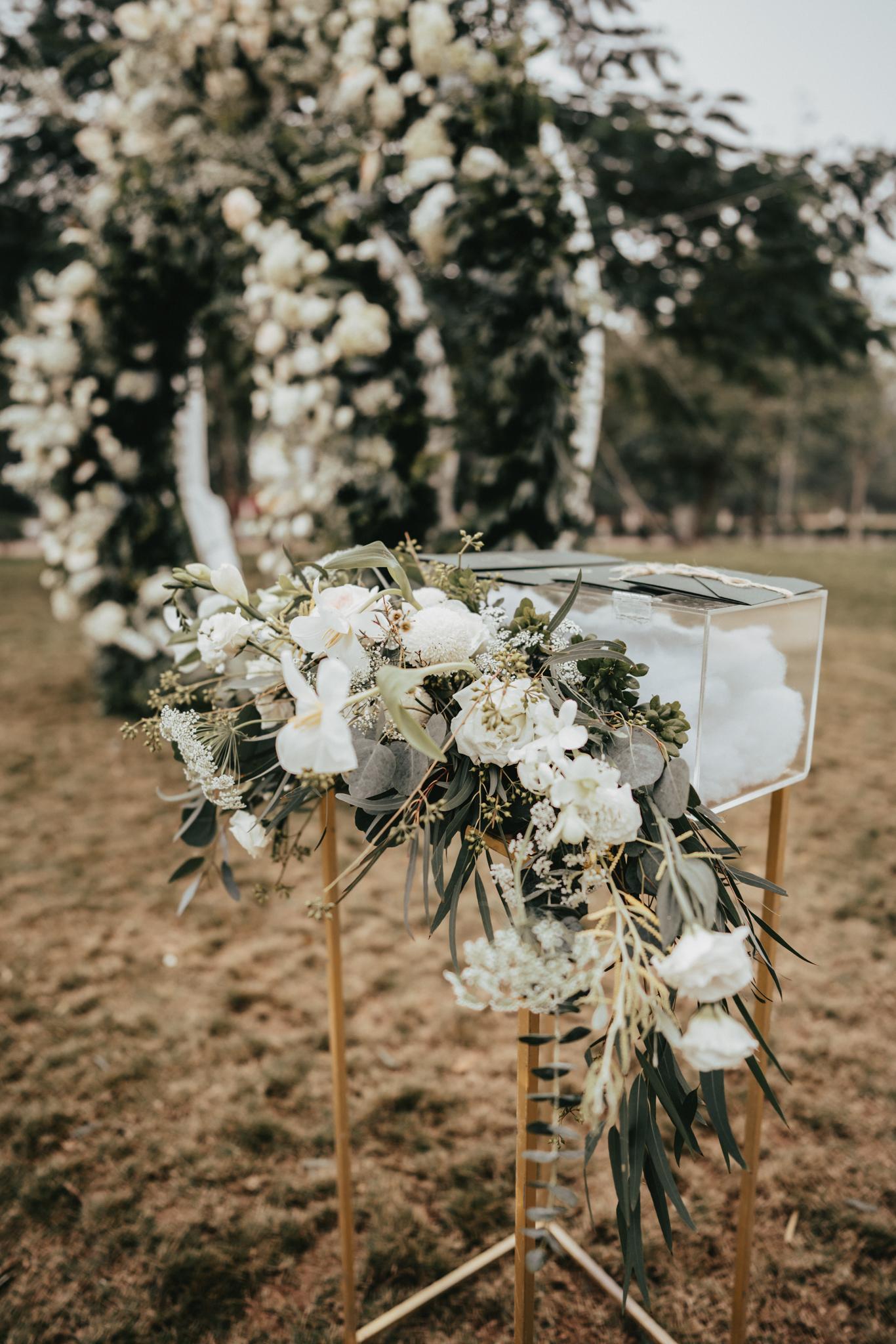 JWMarriott Ha Noi Intimate Wedding of Trang Hi well captured by Hipster Wedding Vietnam Wedding Photographer-35801.jpg