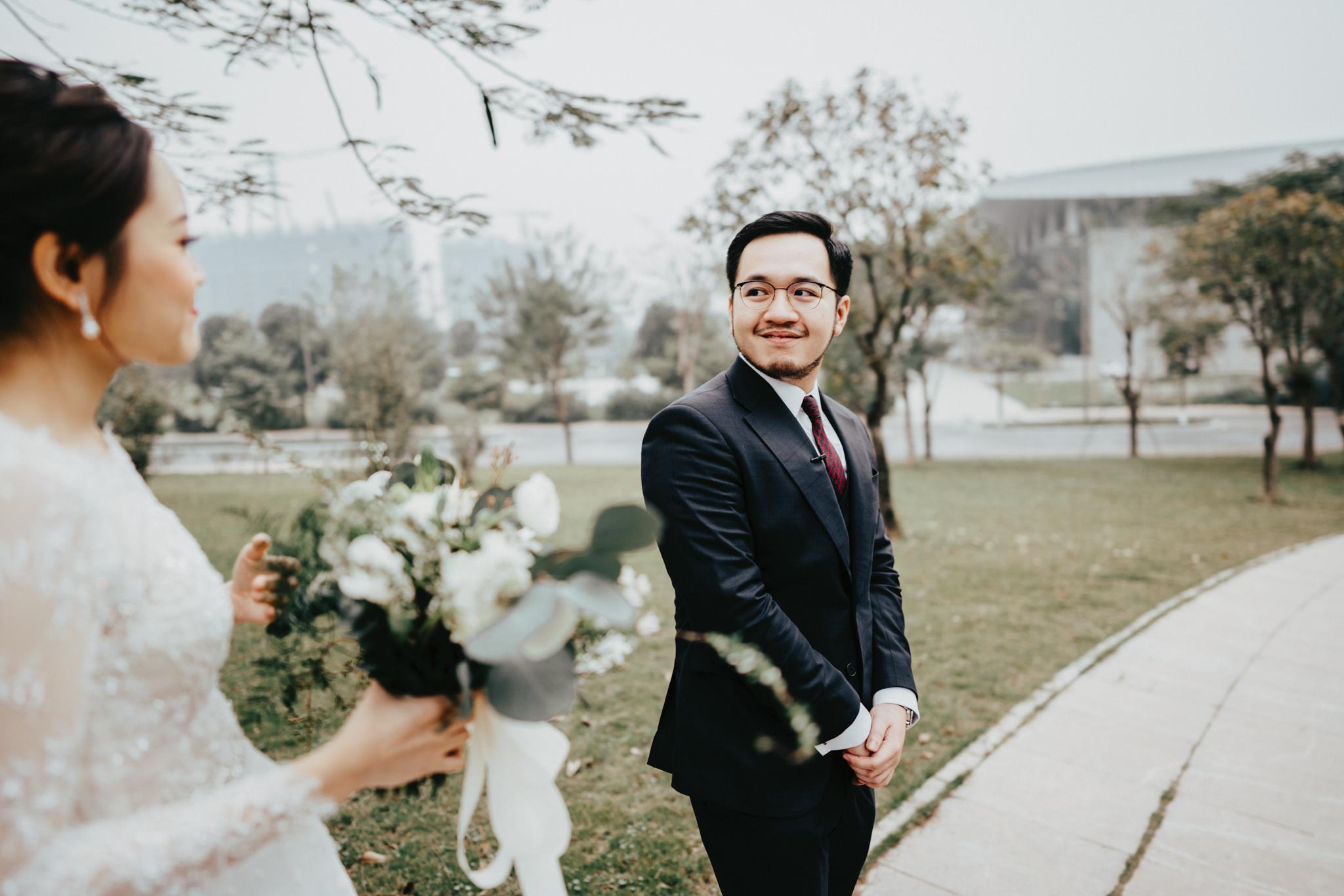 JWMarriott Ha Noi Intimate Wedding of Trang Hi well captured by Hipster Wedding Vietnam Wedding Photographer-35719.jpg