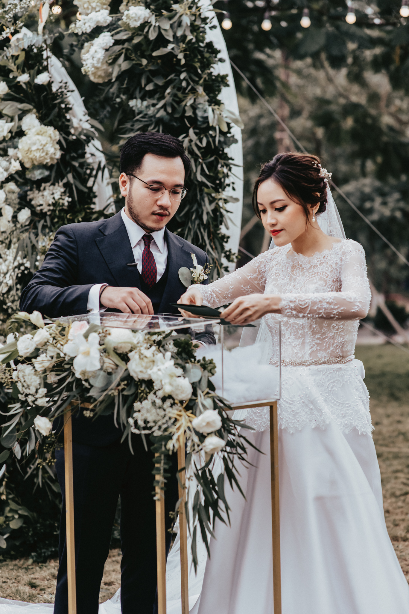 JWMarriott Ha Noi Intimate Wedding of Trang Hi well captured by Hipster Wedding Vietnam Wedding Photographer-4171.jpg
