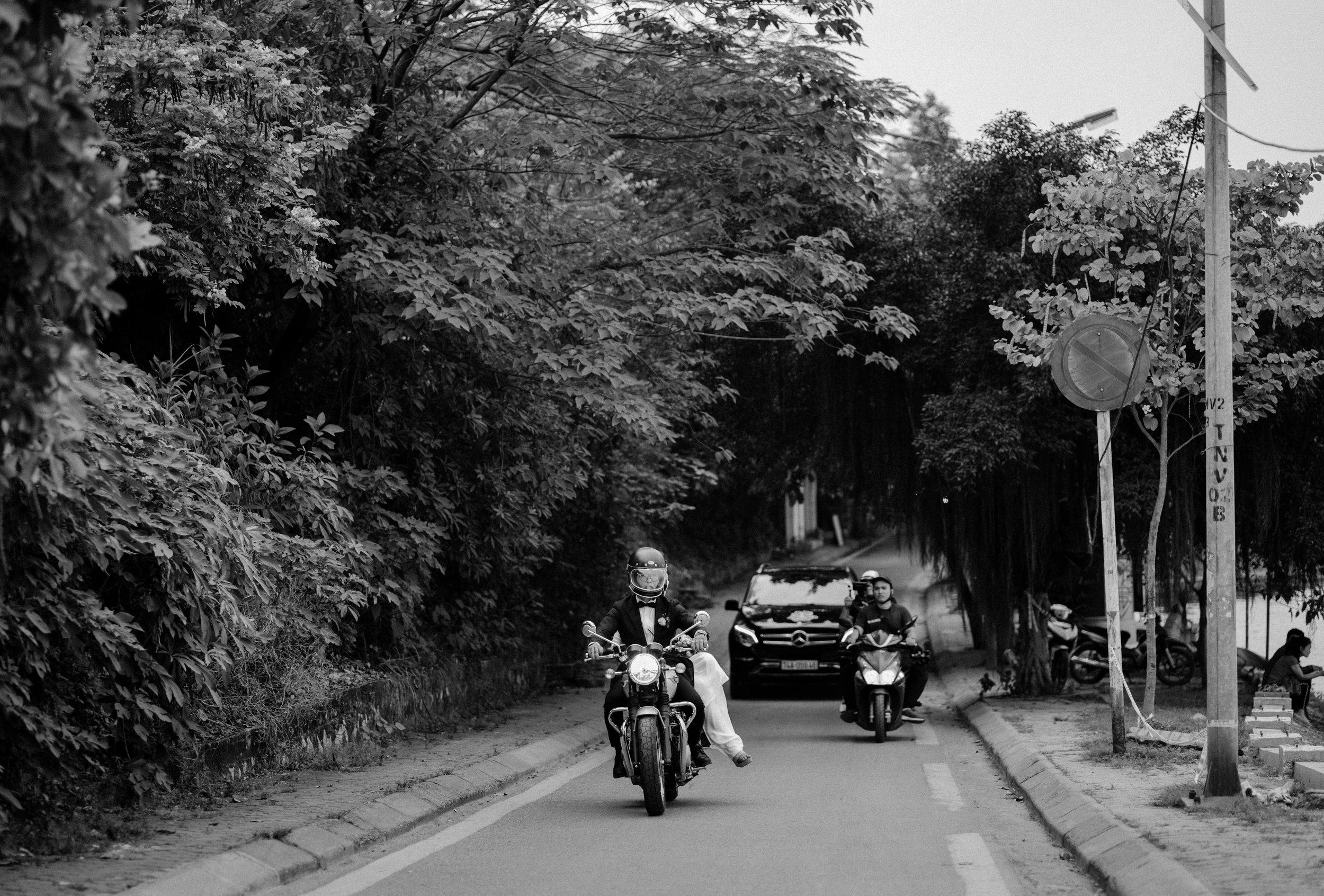 Mirrorwedding Destination Photographer TopofHanoi Duc Anh Hien Trang 095923.jpg