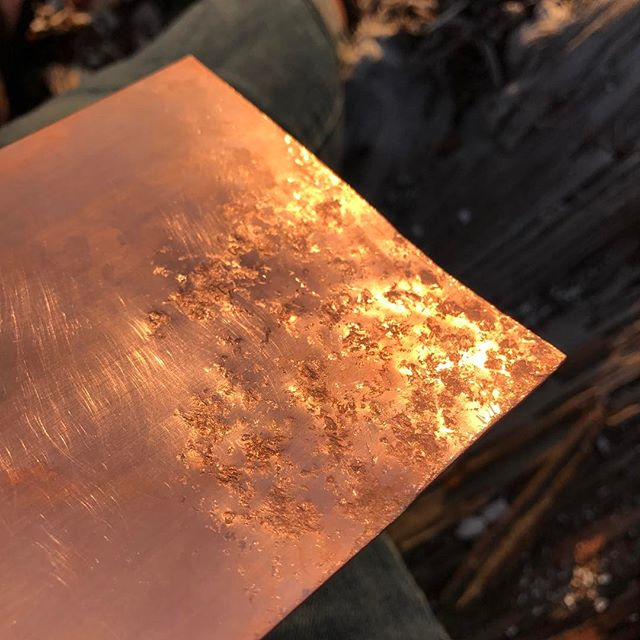 Working with rocks to create texture #copper #texture #rocks #nofilter #metalsmithing #workinprogress #sittingbybeach