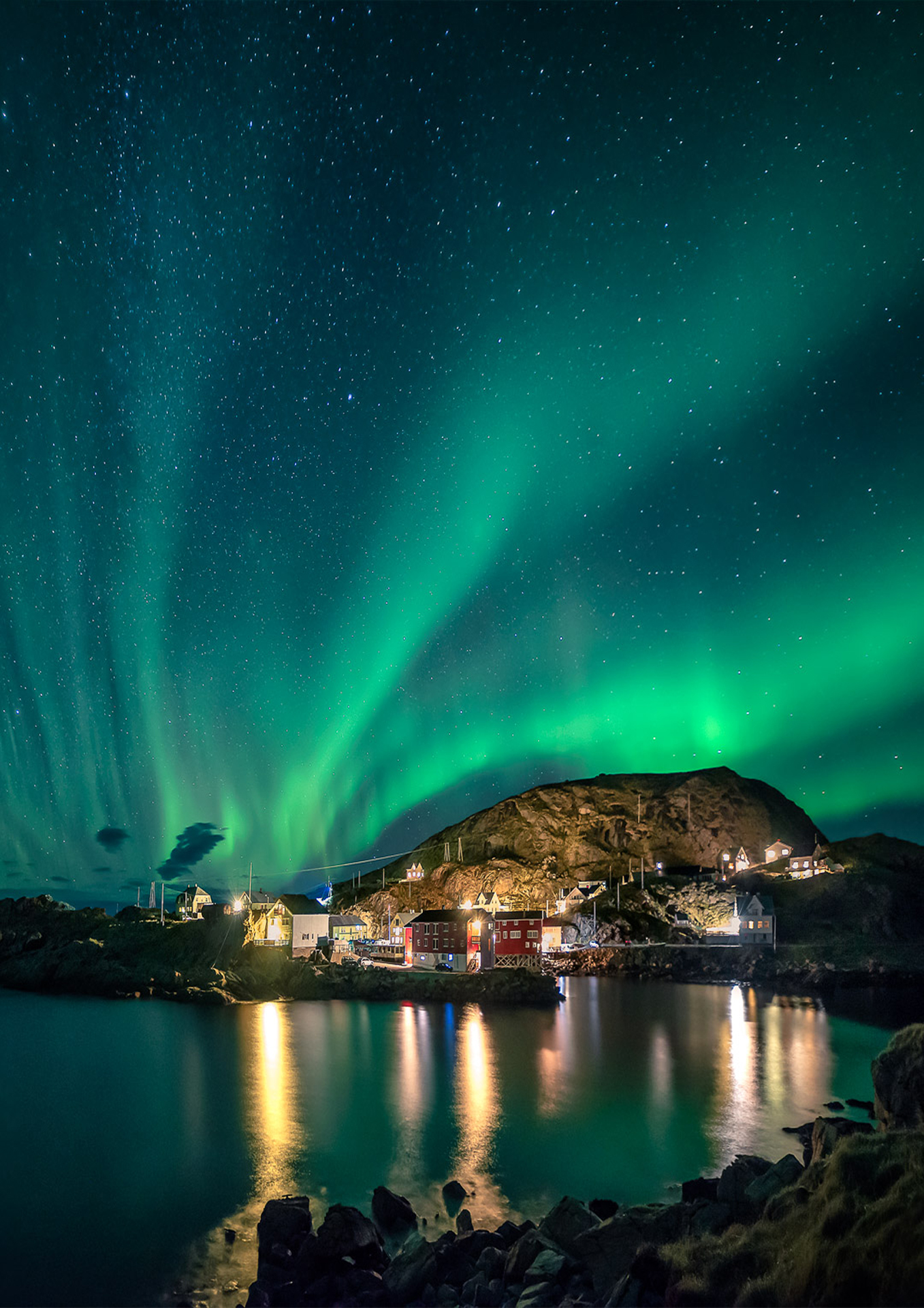 Nyksund   Is a small stunning little costal village in the Vesterålen Archipelago and has been an important center for cod fishing back in the 18th century. Today it is a popular place for artists and photographers but also for hikers.