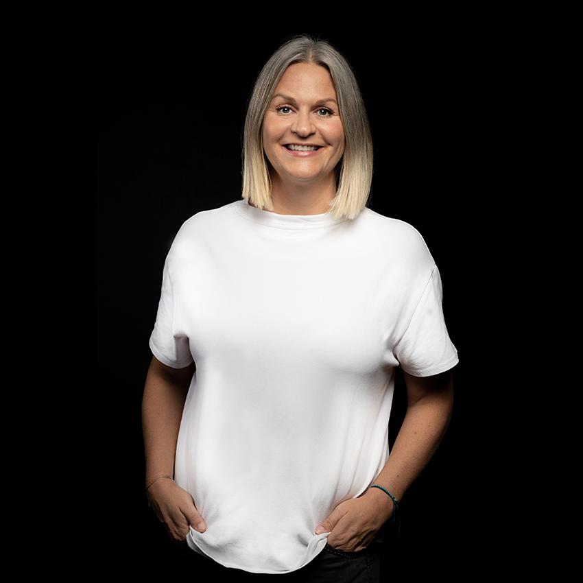 Iris Dakis - Founder &Head of Operations