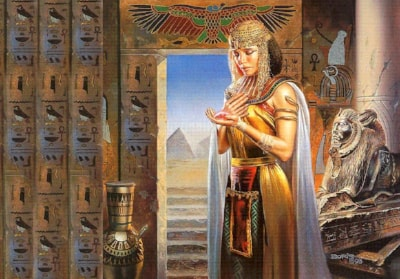 Cleopatra and Her Asp – early wound therapy