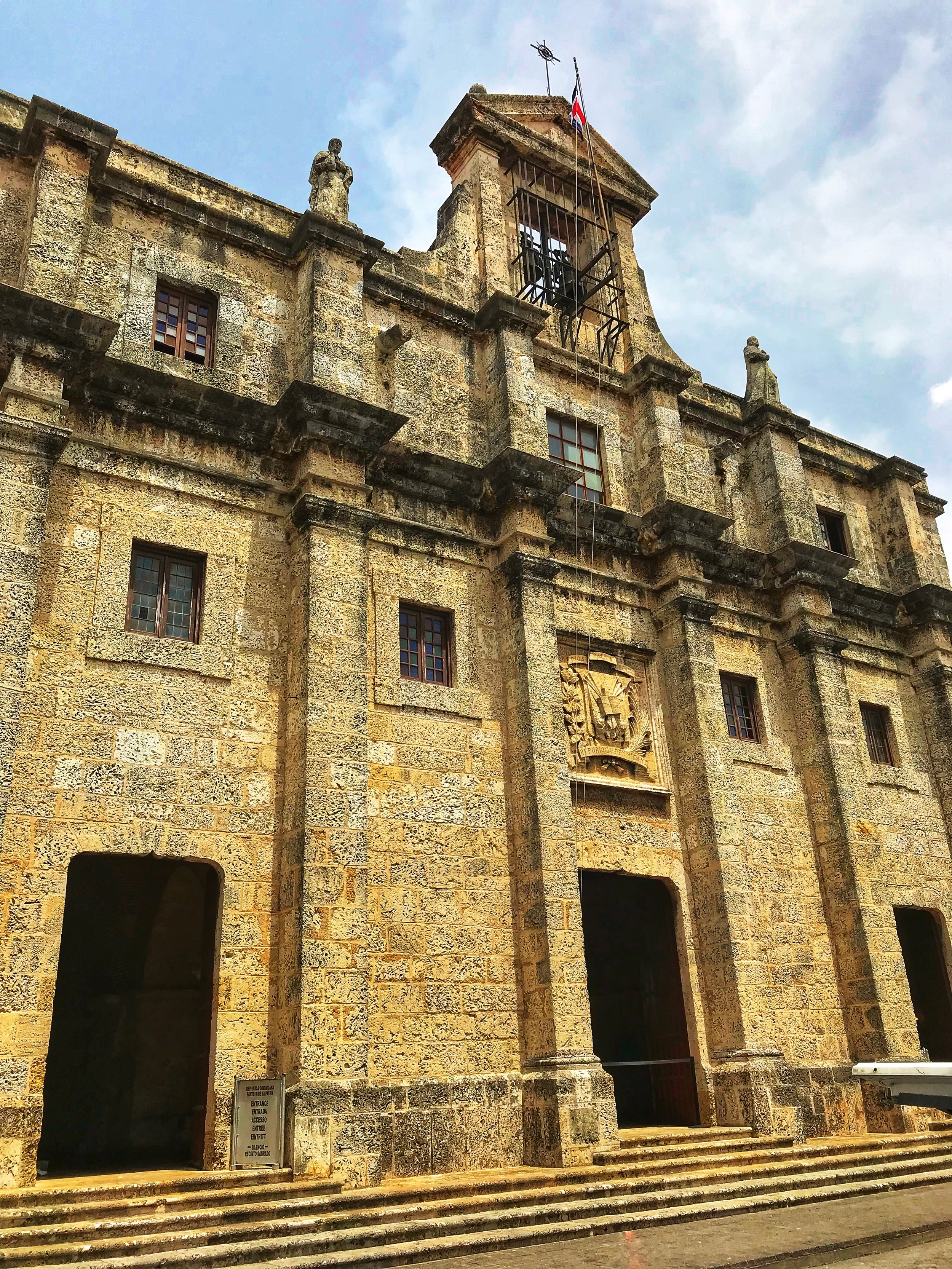 The facade of the National Pantheon of the Dominican Republic