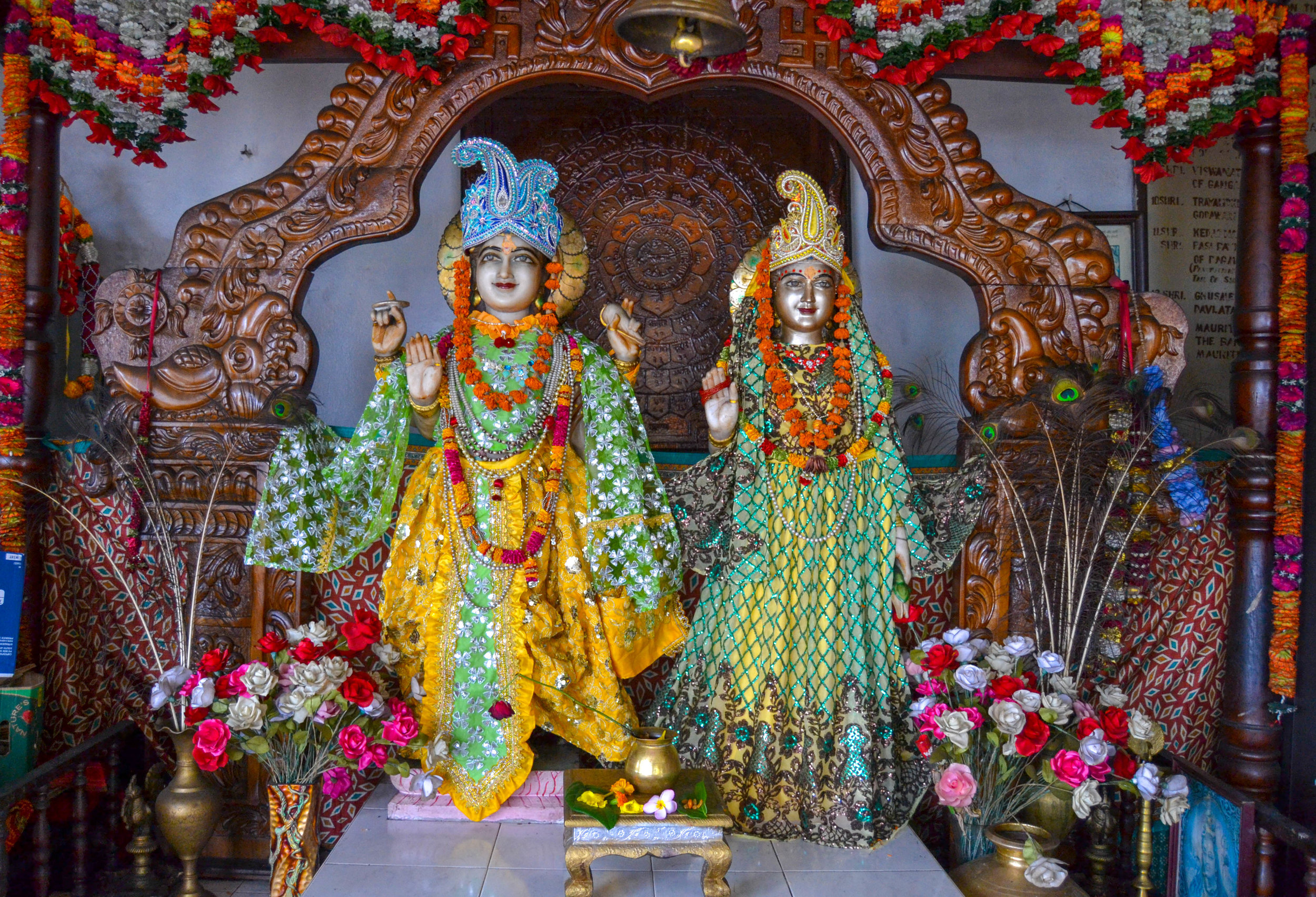 Hindu deities at Ganga Talao