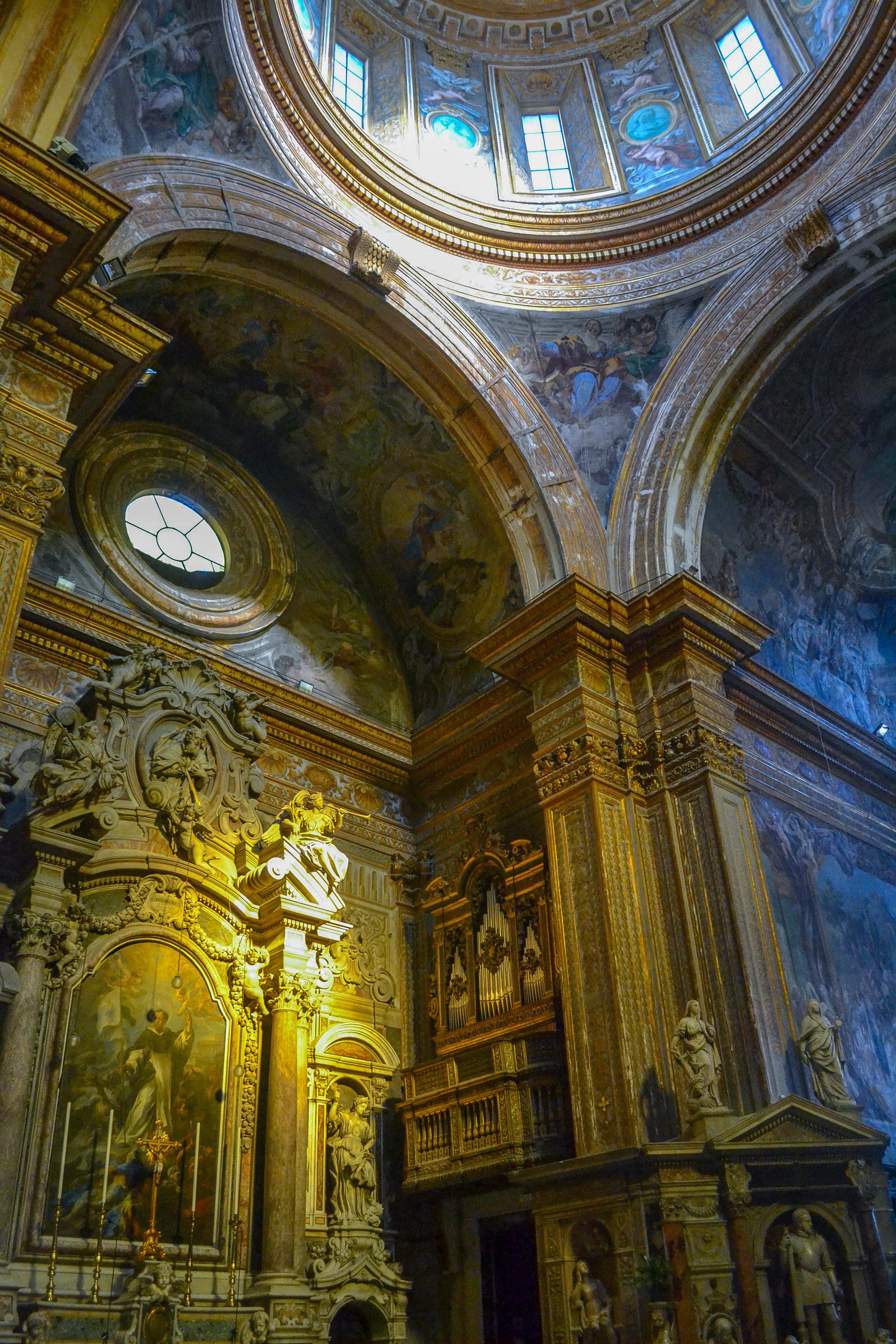 Church in Naples.jpg