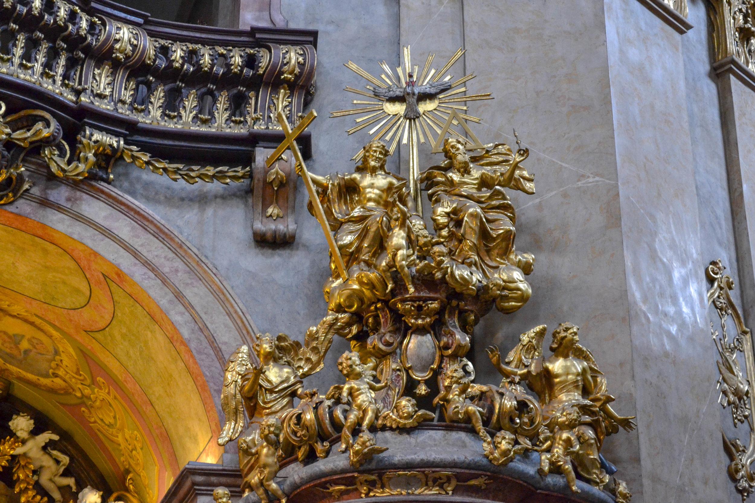 Peterskirche Pulpit Sculptures