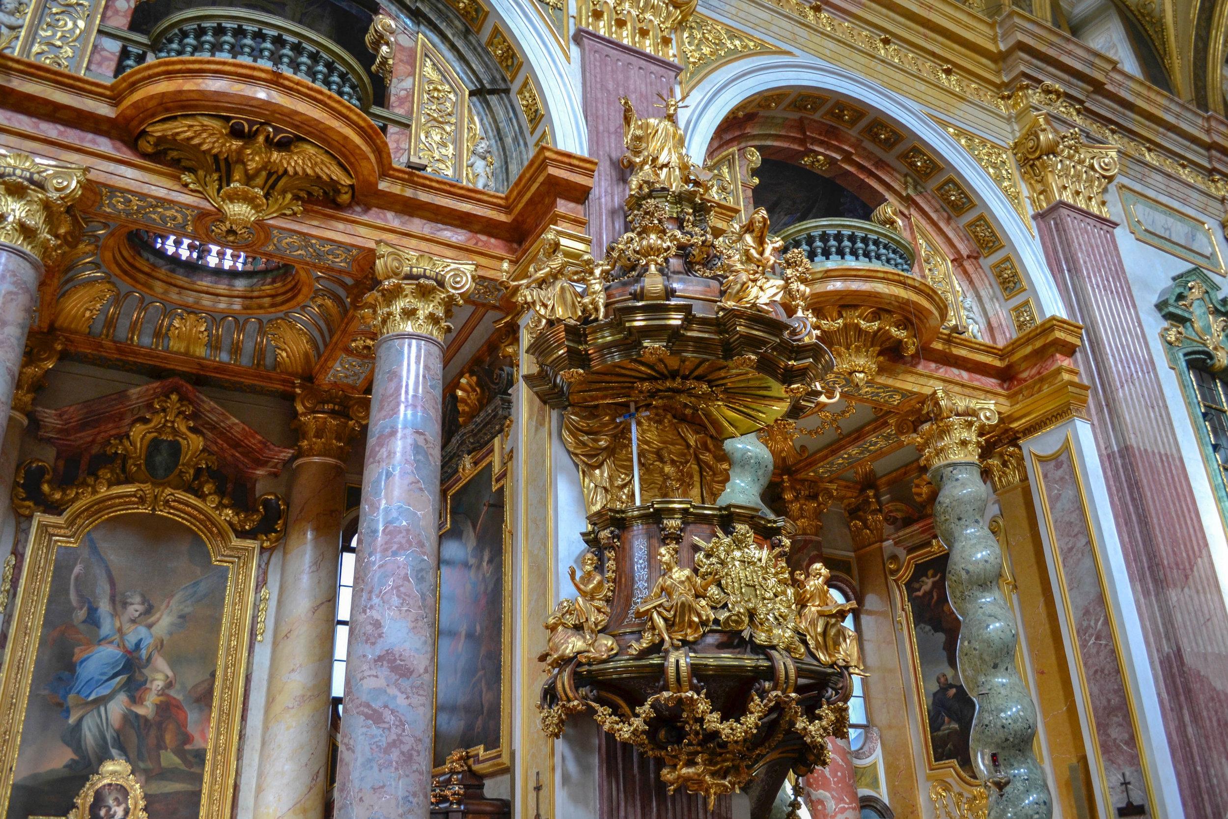 View of Jesuit Church Vienna.jpg