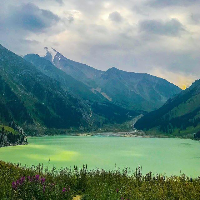 Greetings from Big Almaty Lake in Kazakhstan!  This is a beautiful site about an hour or so outside of Almaty and just by the border of Kyrgyzstan. #centralasia #kazakhstan #bigalmatylake #travelphotography #landscapephotography #naturephotography #travel