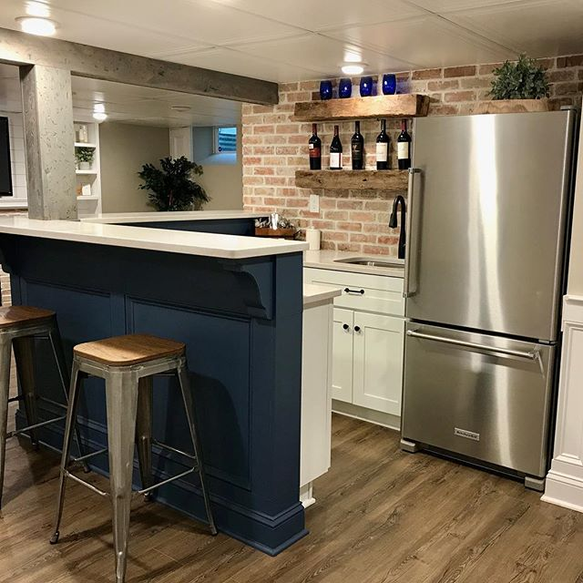 We love when our customers share pictures of the final product! In June, we worked on the thin brick veneer for this bar, fireplace and awesome wine cellar. We wrapped up before the rest of the renovation was finished, so happy to see the outcome.