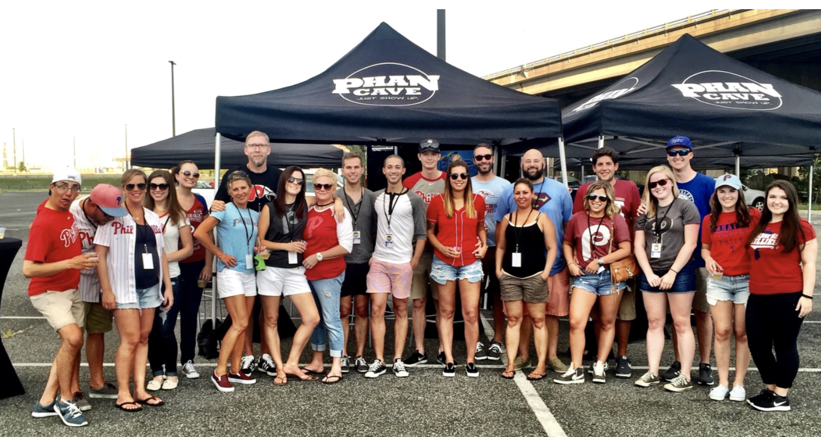 Phillies tailgate with significant others 2016