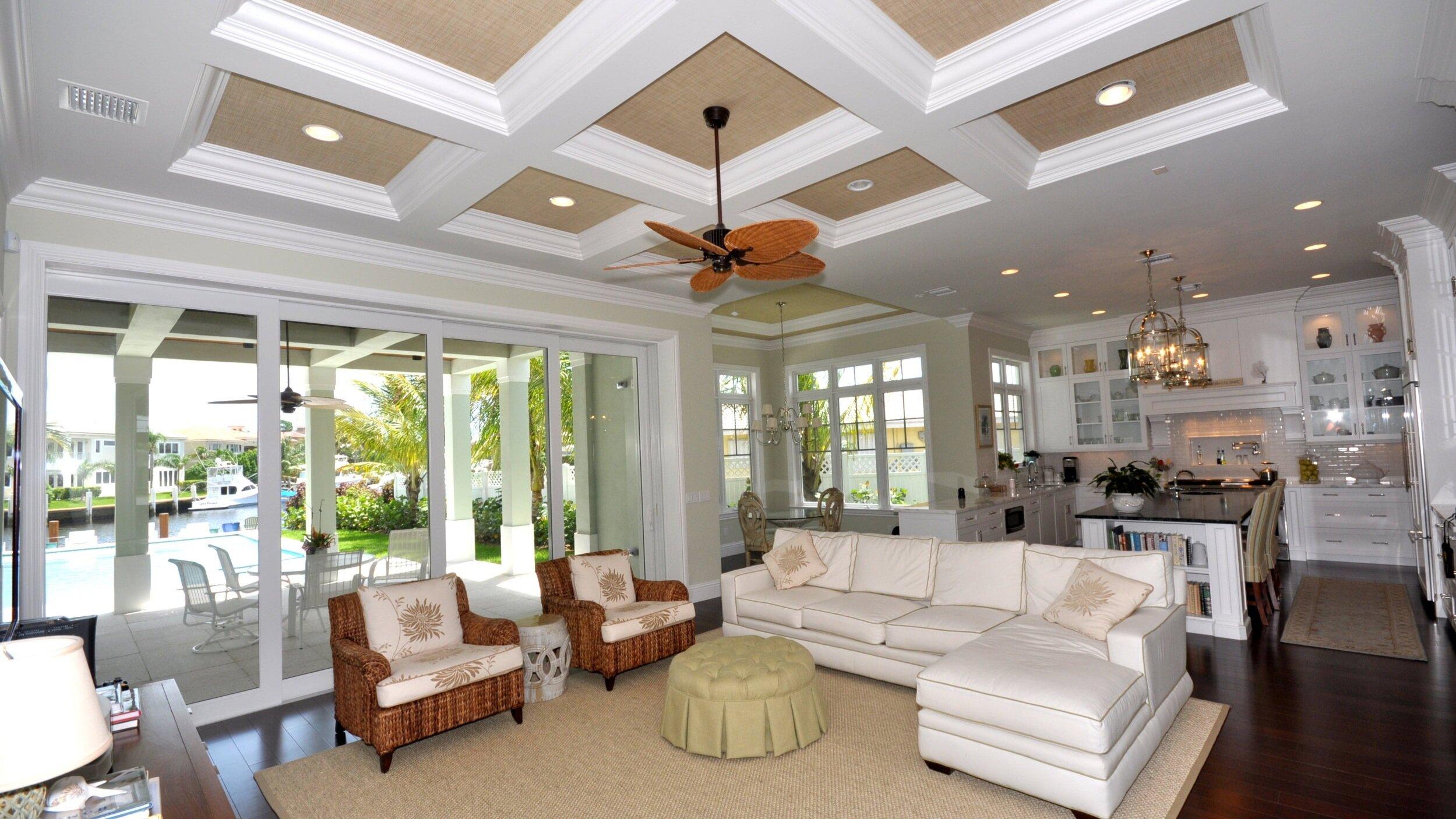 Seacrest+Designs-open+plan-kitchen-Florida.jpg