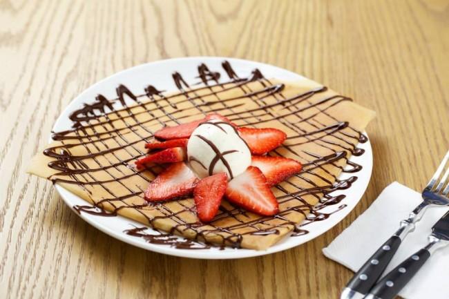 Odelice-Crepe-Choc-Strawberries-Ice-cream