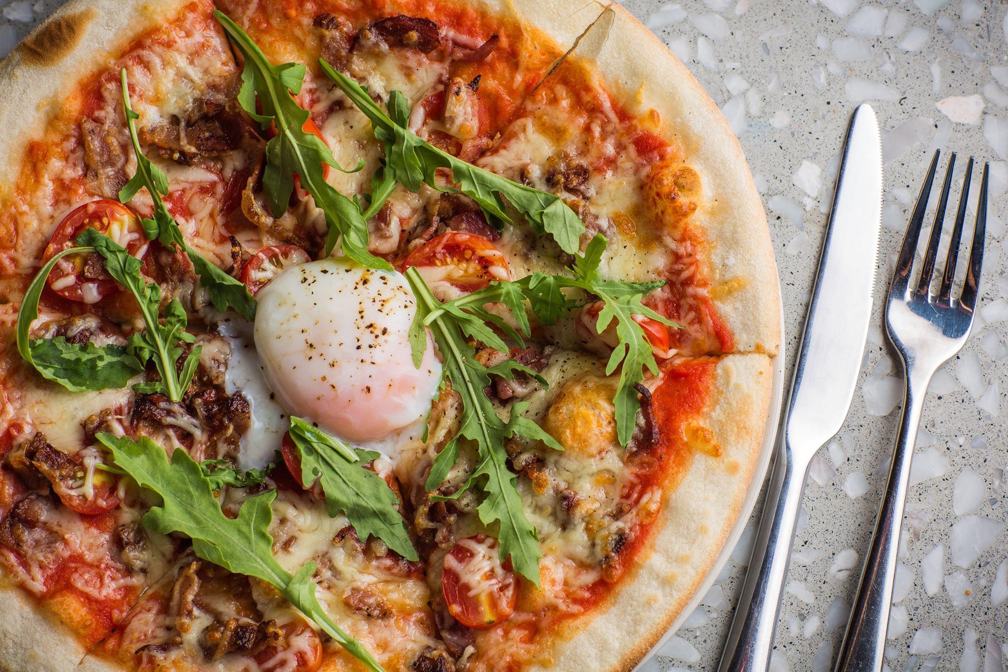 Little-Creatures-Egg-Pizza-Brunch