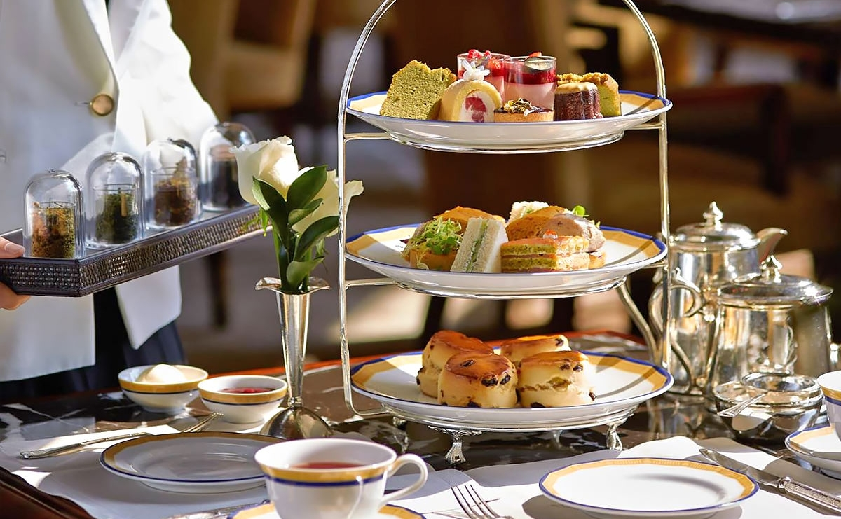 Afternoon-Tea-at-The-Peninsula-Hong-Kong.jpg