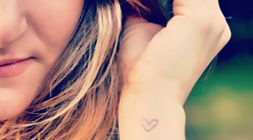standing_light_tattoo_leyla_salvade.jpg