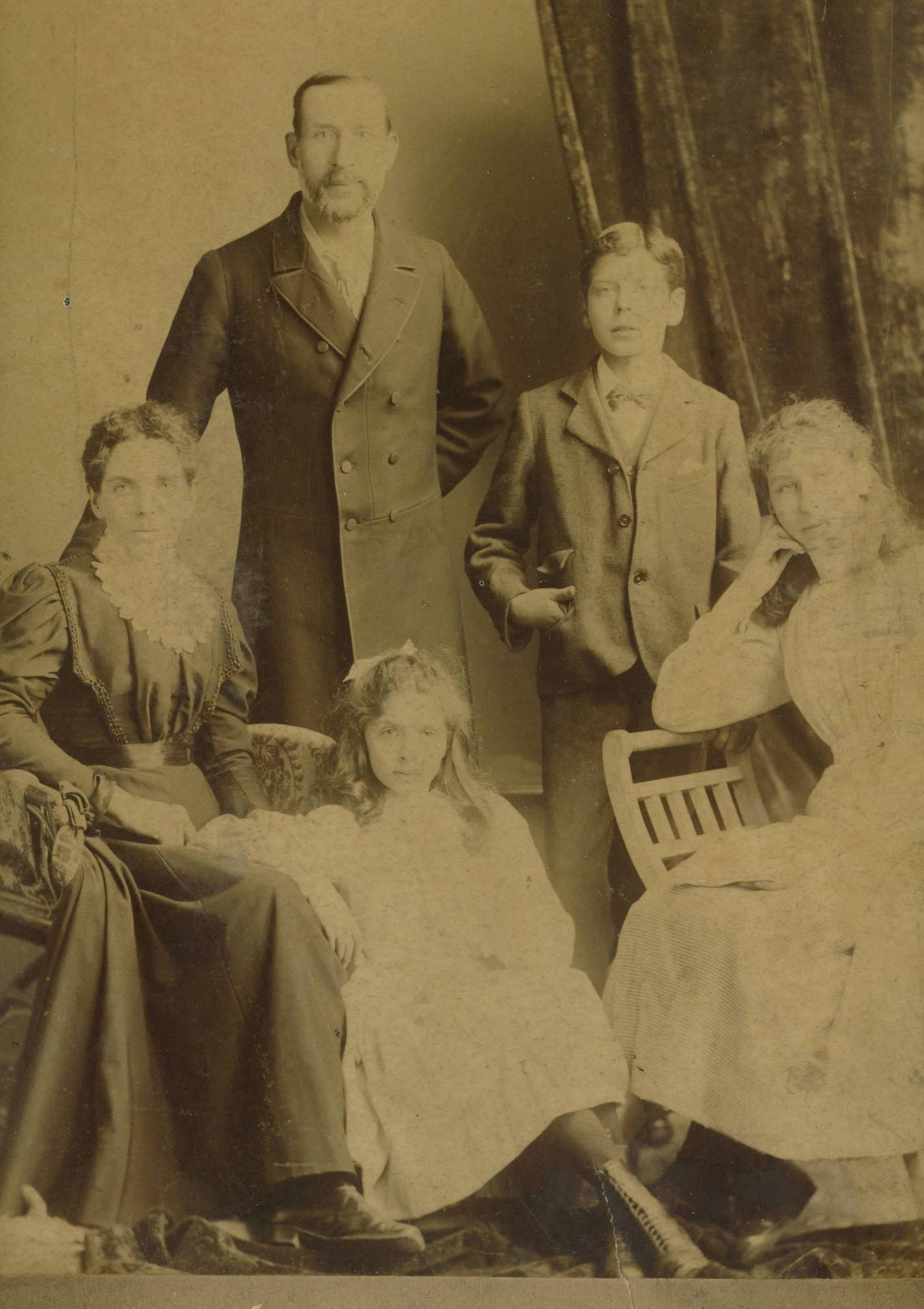 David Parr Family Portrait Digital.jpg