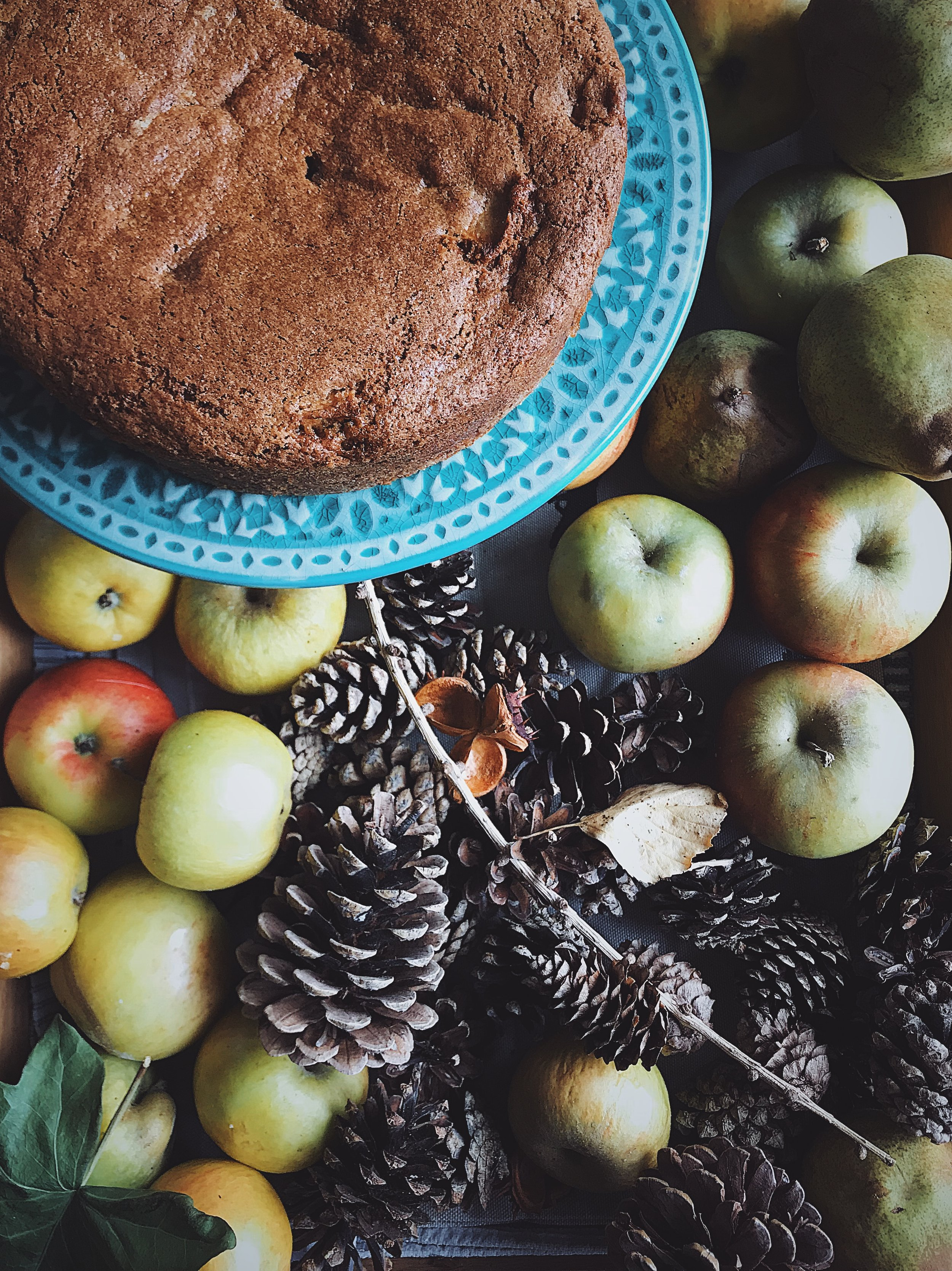 a quick and easy recipe for apple and cinnamon cake