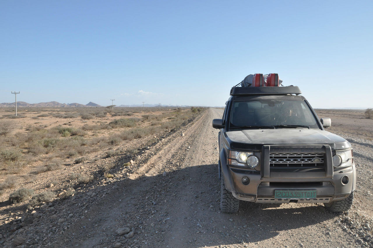 Land-Rover-LR4-Voyager-Offroad-Jusef Gideon-6949838537_5485ef0590_k.jpg
