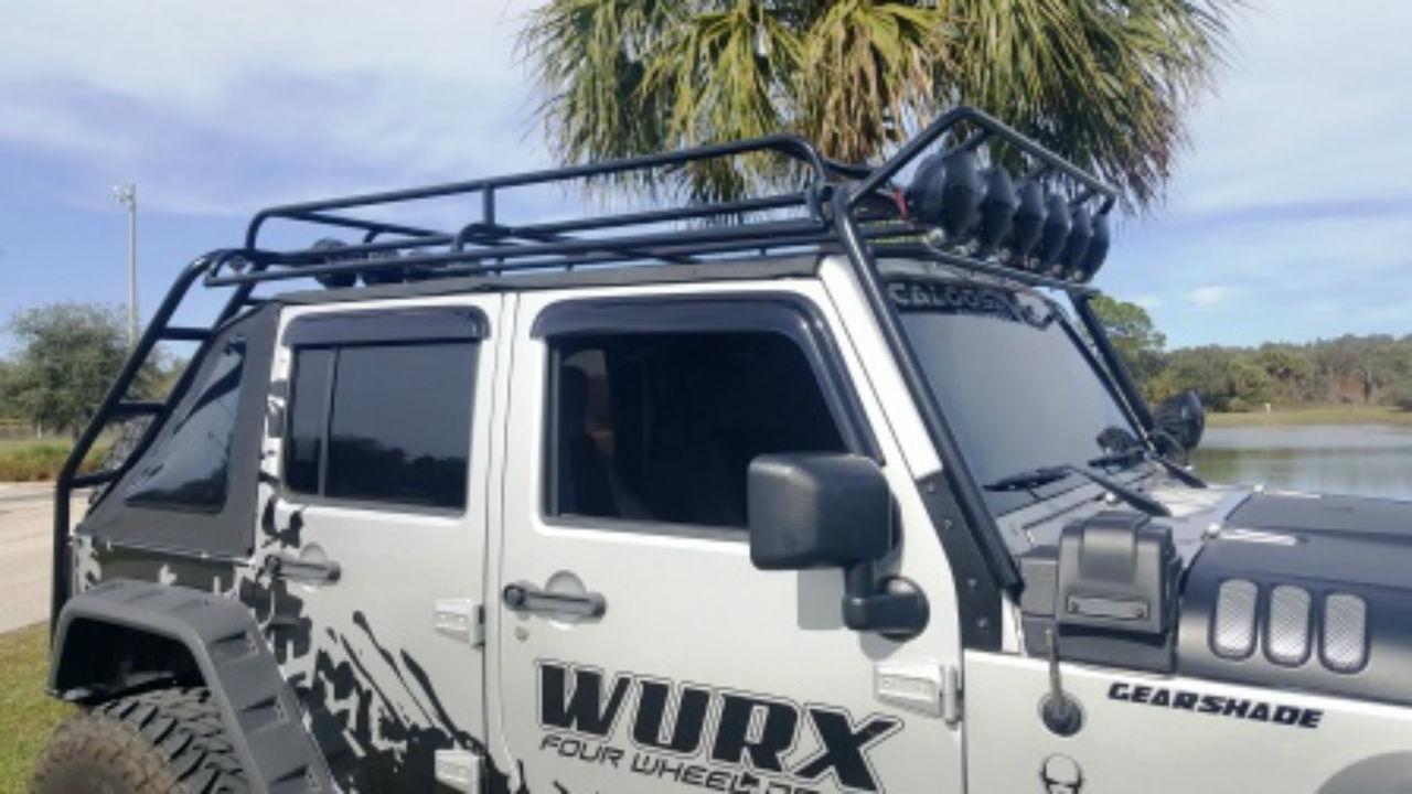 Jeep-Wrangler-JKU-offroad-roof-rack-side-Voyager-Offroad