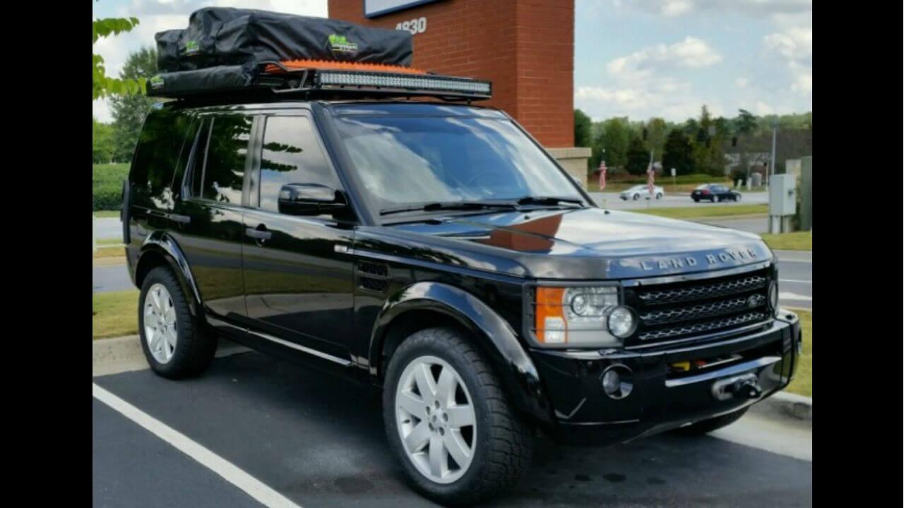 Land-Rover-LR3-folded-campers-tent-edition-roof-rack-LED-bar-off-road-Voyager-Offroad.jpg
