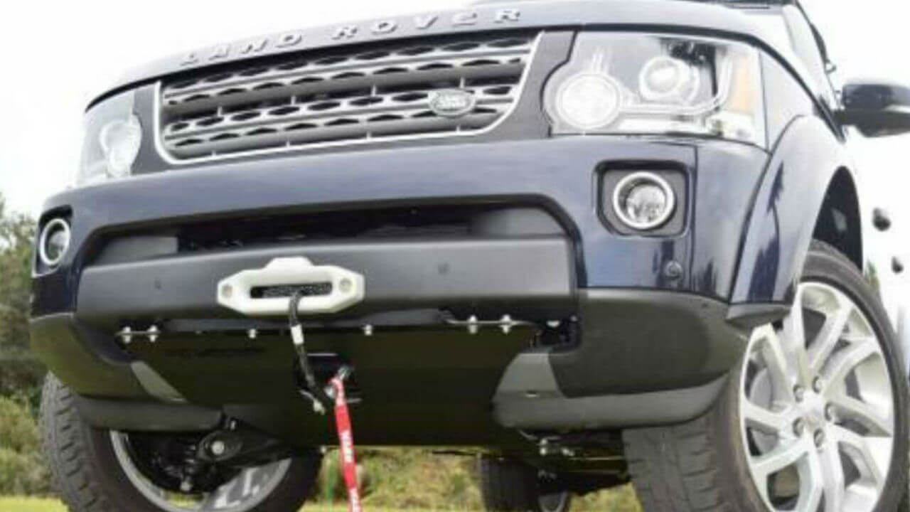 Land-Rover-LR3-off-road-hidden-winch-mount-skid-plate-Voyager-Offroad.jpg