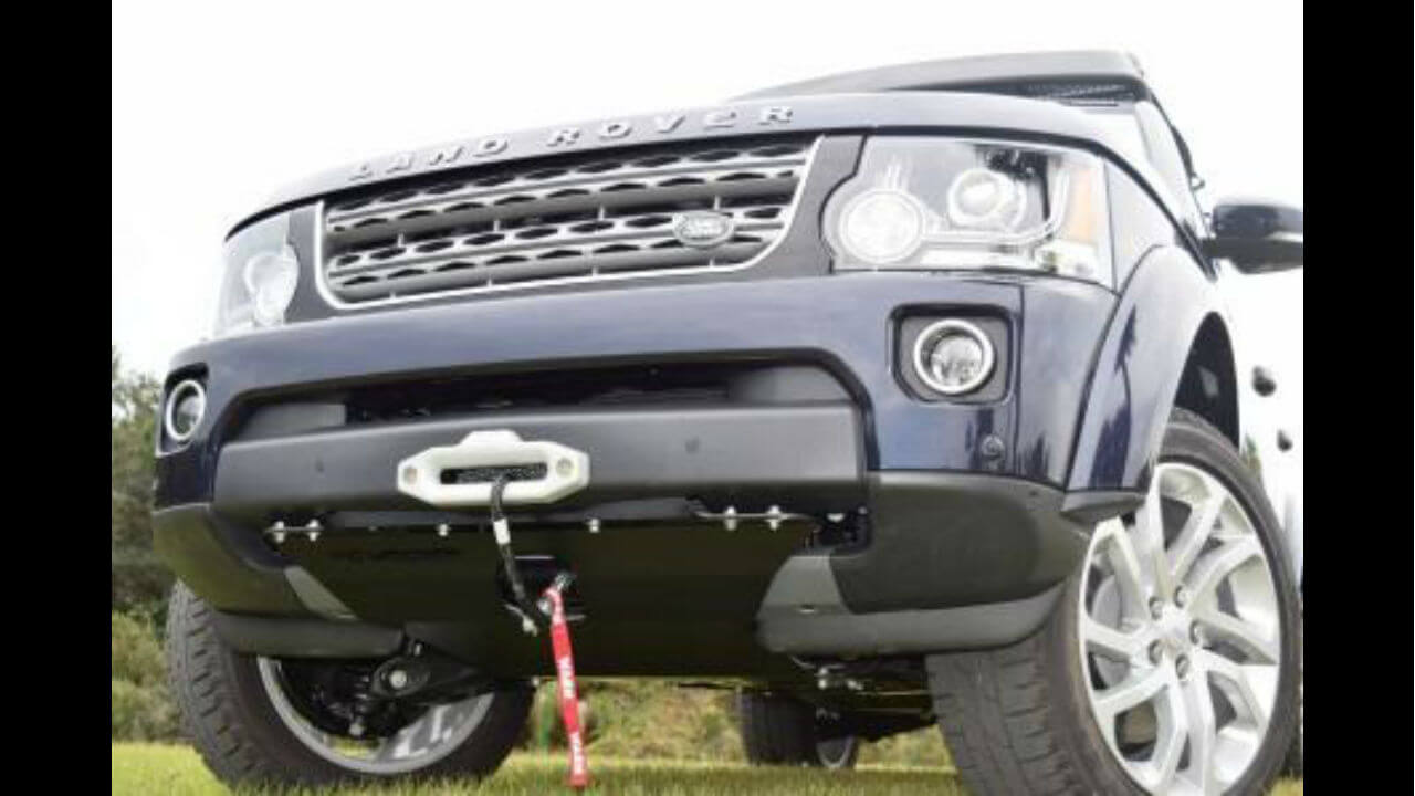 Land-Rover-LR4-hidden-winch-mount-skid-plate-off-road-Voyager-Offroad.jpg