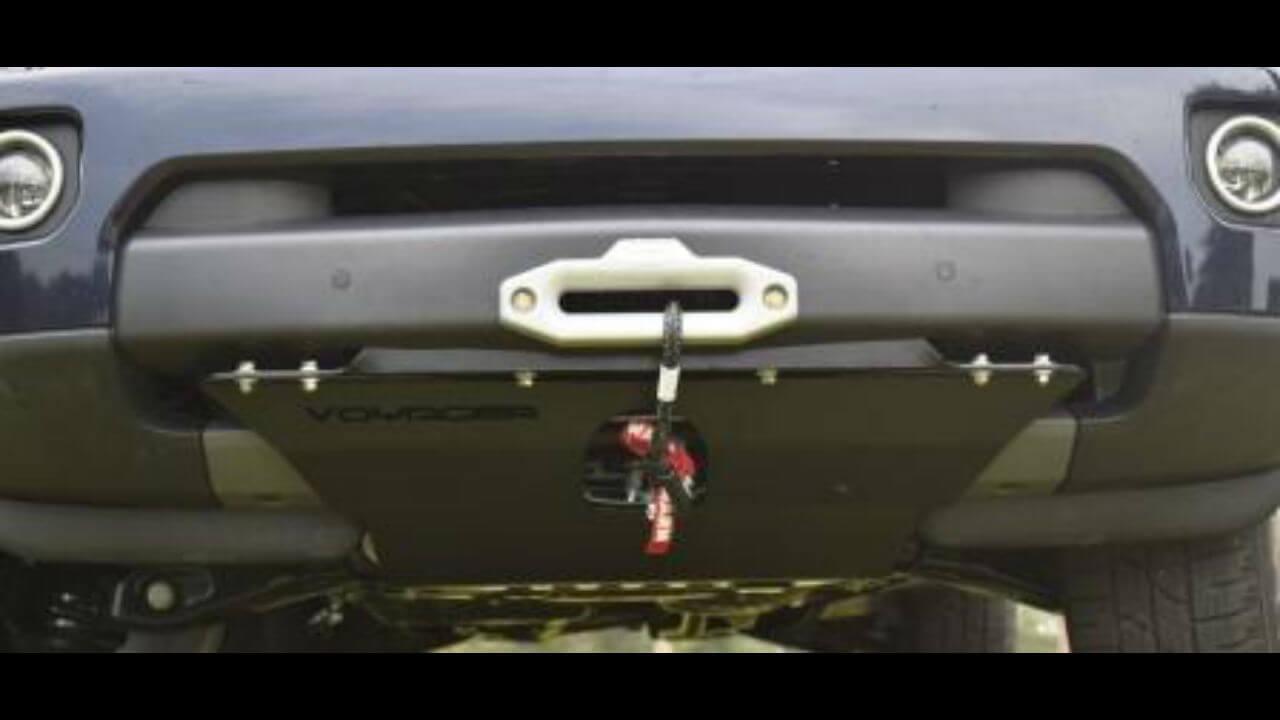 Land-Rover-LR4-skid-plate-hidden-winch-mount-off-road-Voyager-Offroad.jpg