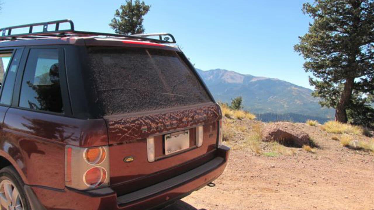 Land-Rover-Range-Rover-MK3-standard-voyager-roof-rack-off-road-side-Voyager-Offroad.jpg
